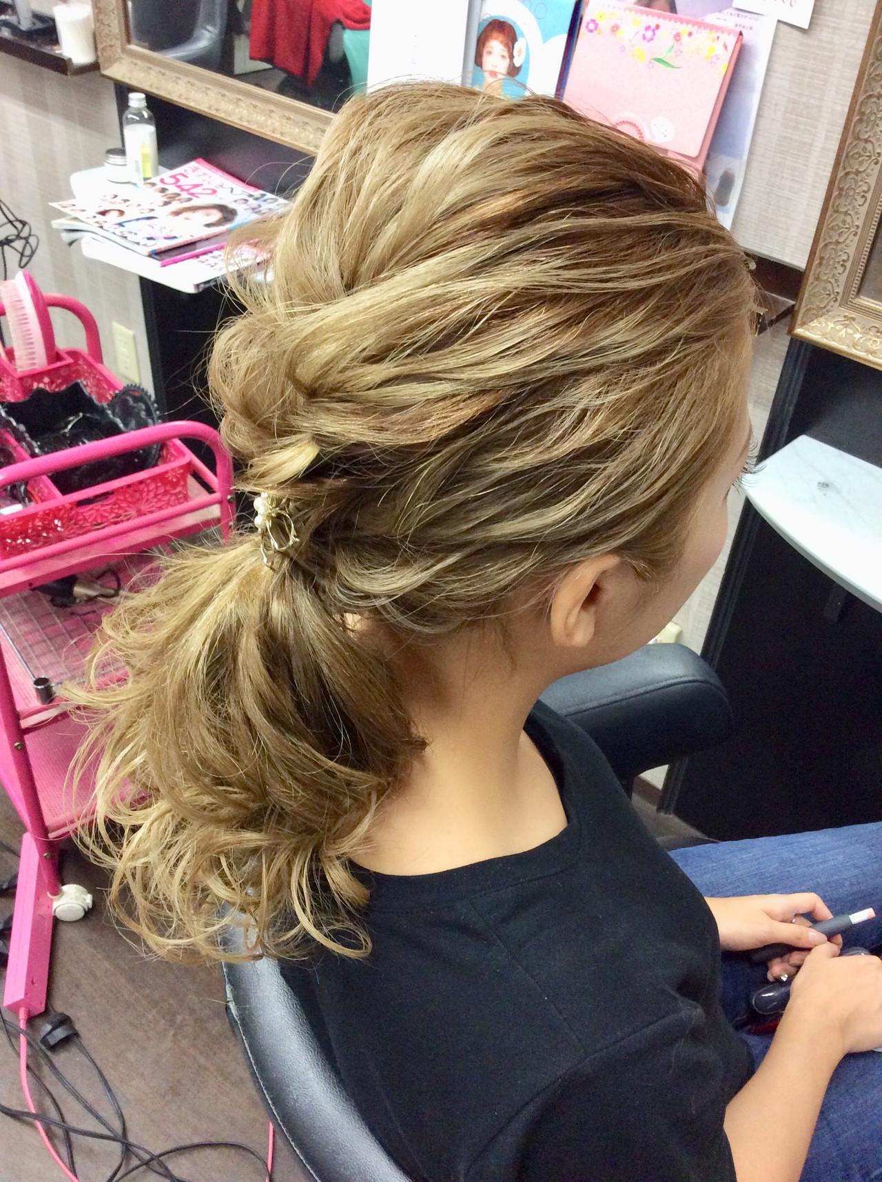 ポニーテール ヘアアレンジ デート セミロング ヘアスタイルや髪型の写真・画像 | rumiLINKS美容室 / リンクス美容室