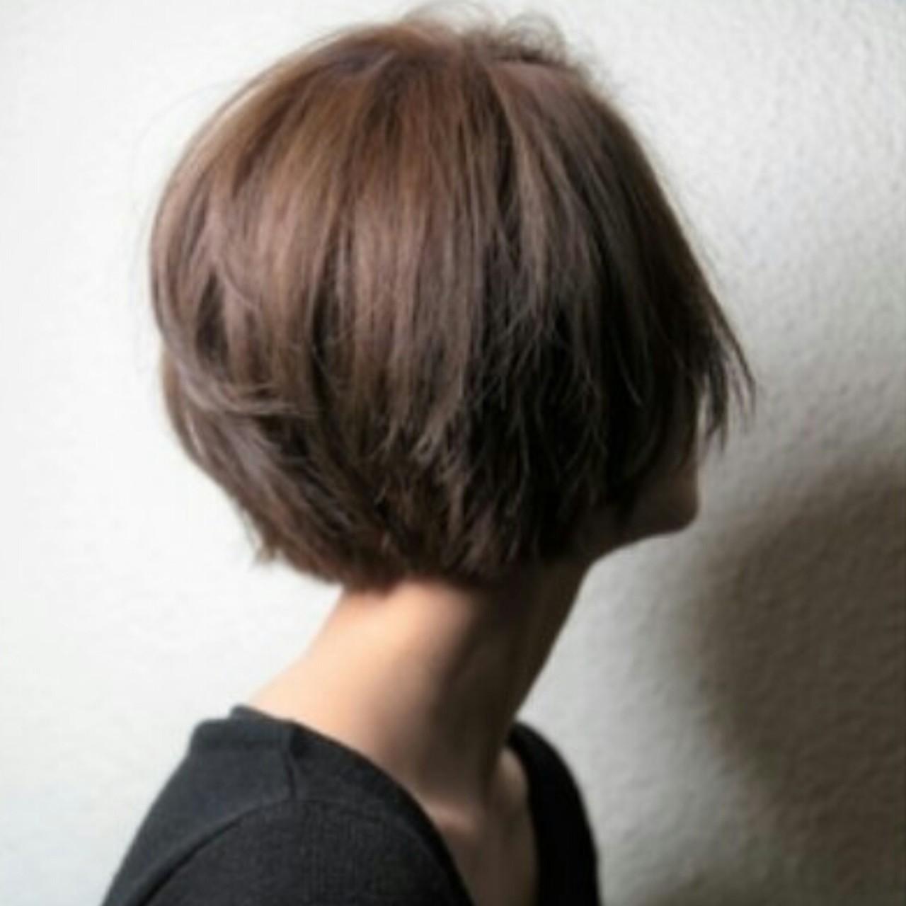 モード 暗髪 アッシュ ショートヘアスタイルや髪型の写真・画像