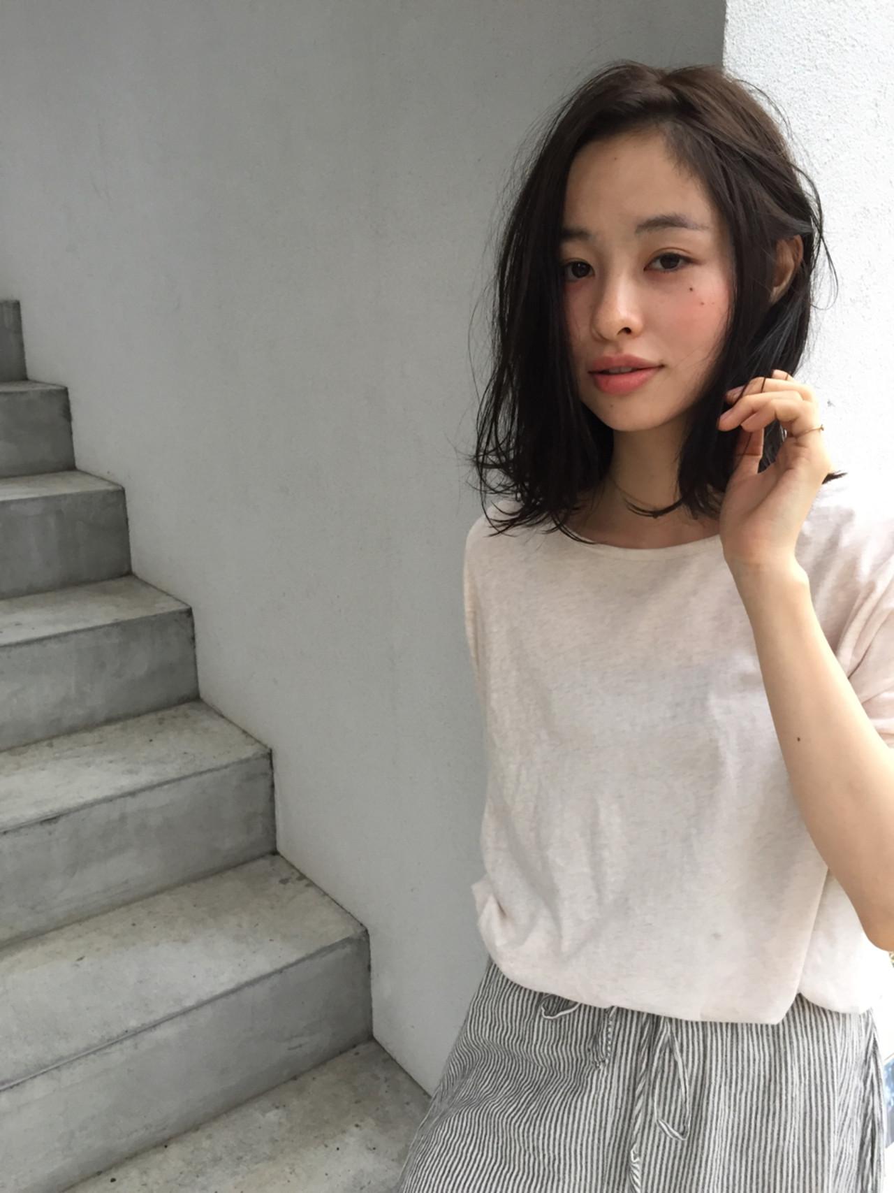 色気 ナチュラル ボブ 切りっぱなし ヘアスタイルや髪型の写真・画像   OYAMA KENICHI / BALLOON HAIR
