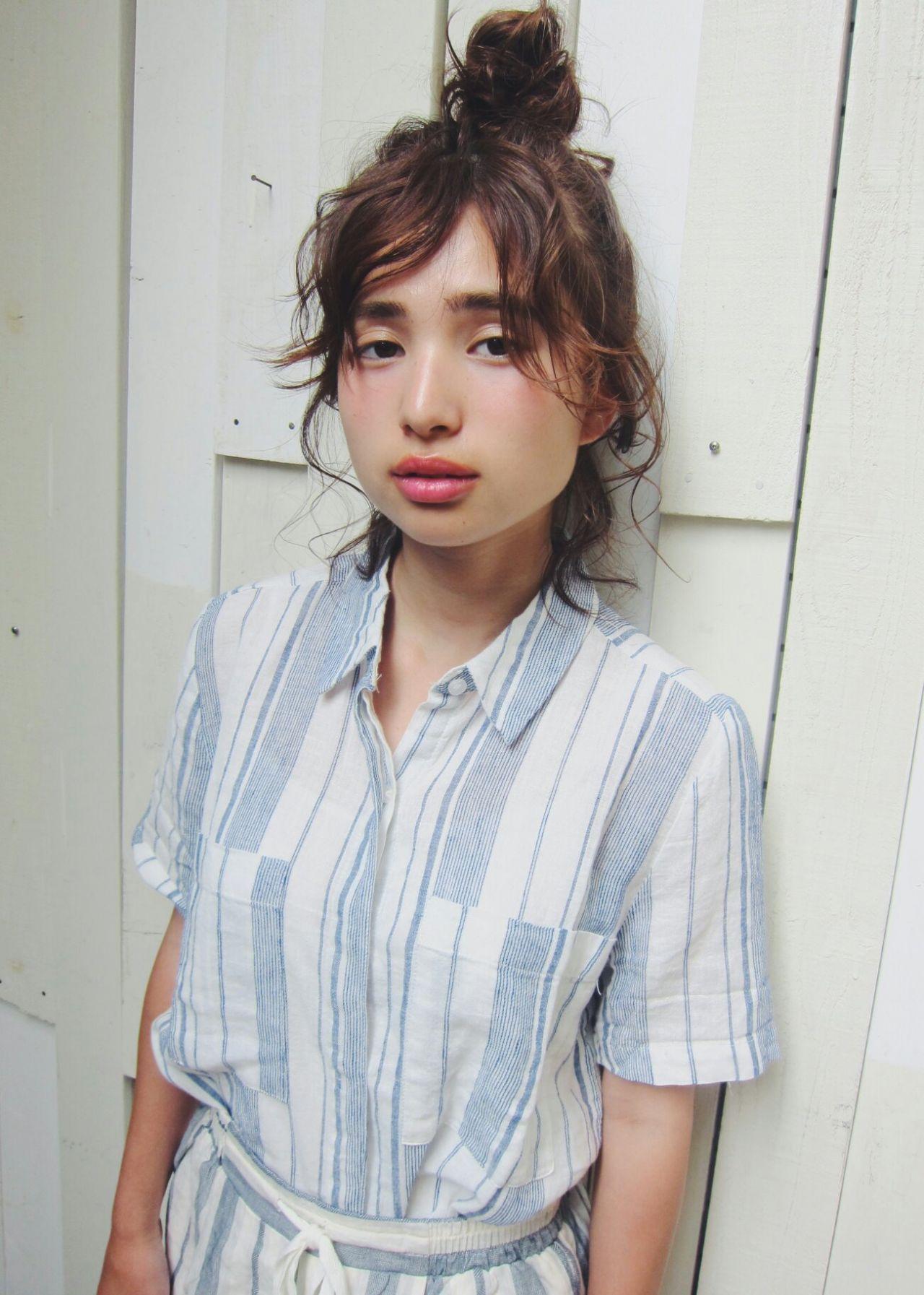 オシャレになりたい人必見。海外のトレンド、''Half up top knot''とは? CHINATSU / MAGNOLiA