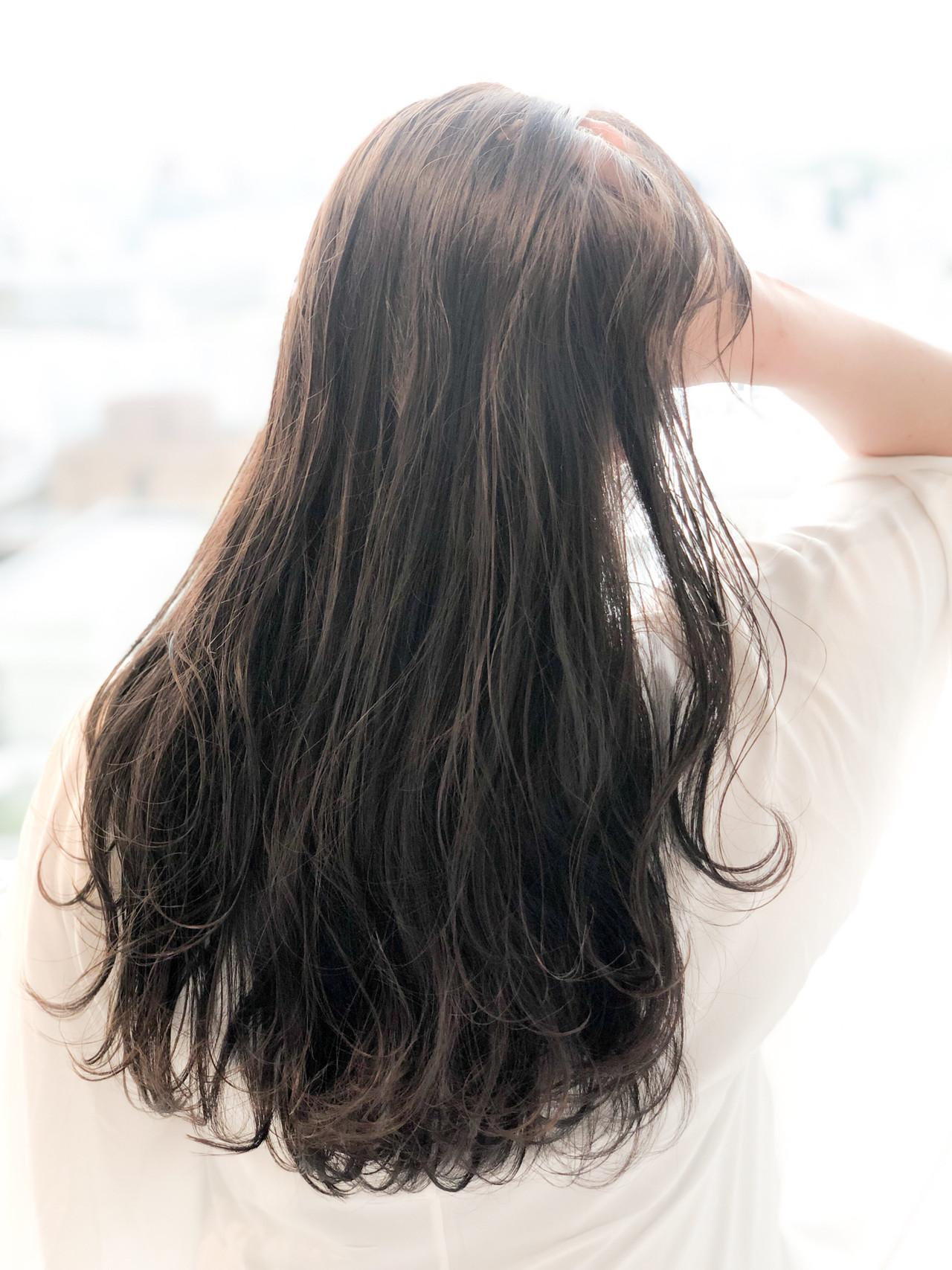 グレージュ ナチュラル 表参道 外国人風カラー ヘアスタイルや髪型の写真・画像 | 須貝 大空 / Anna Lanna 表参道