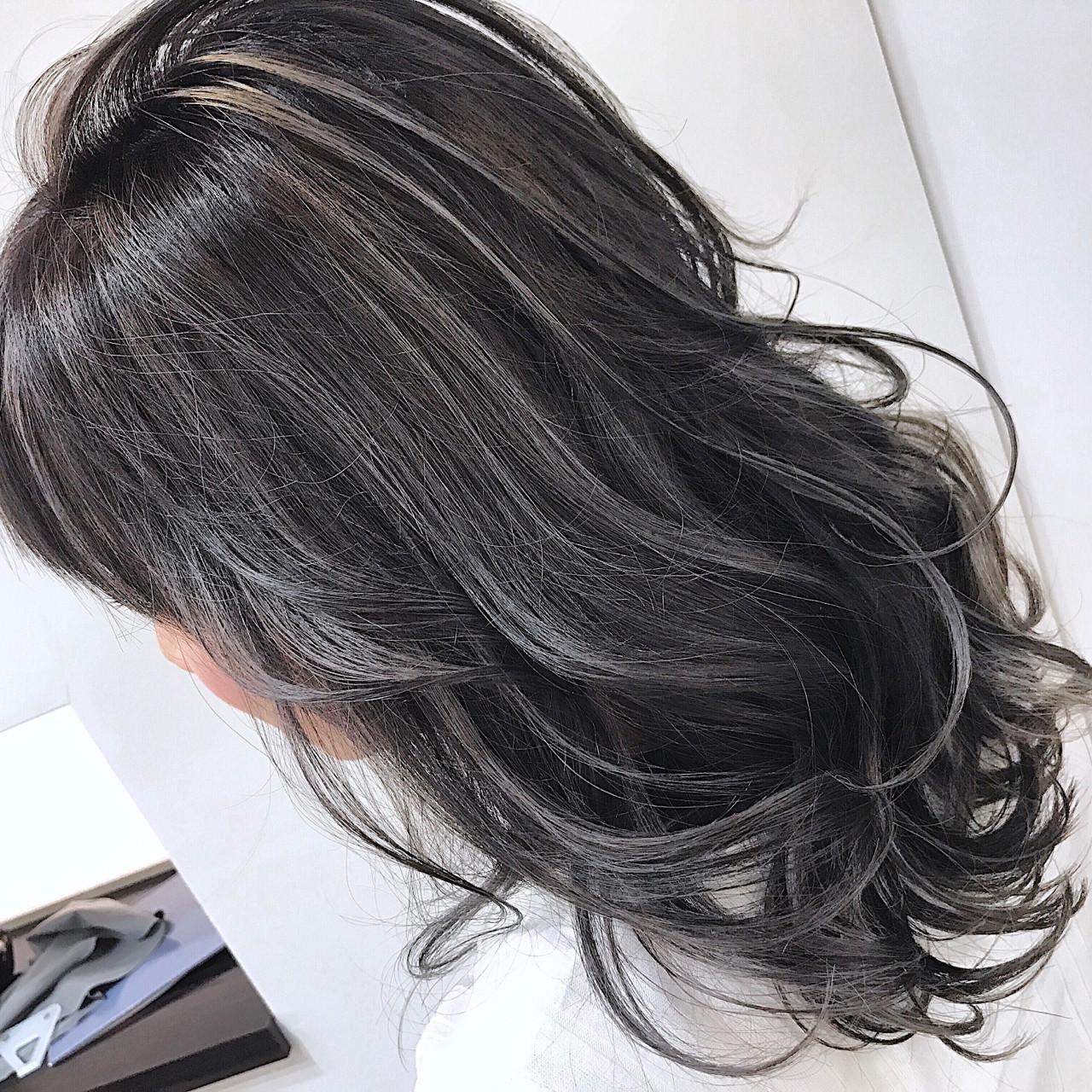 外国人風カラー フェミニン 透明感 ハイライトヘアスタイルや髪型の写真・画像