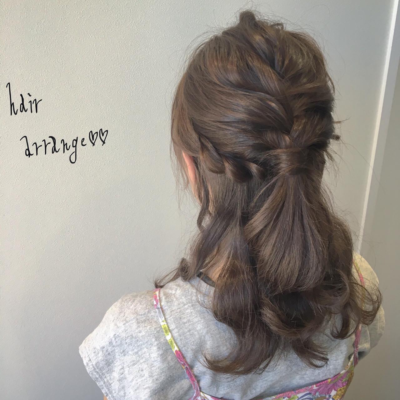 ヘアアレンジ セミロング ナチュラル 大人女子ヘアスタイルや髪型の写真・画像