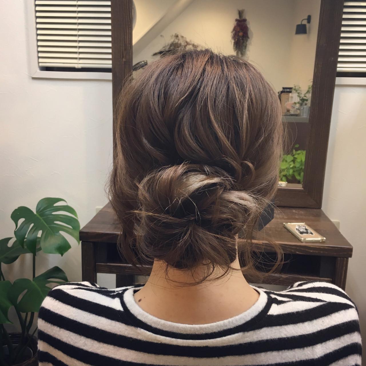 ナチュラル 簡単ヘアアレンジ ウェーブ アンニュイ ヘアスタイルや髪型の写真・画像 | 平野ちなみ / Petit chou chou