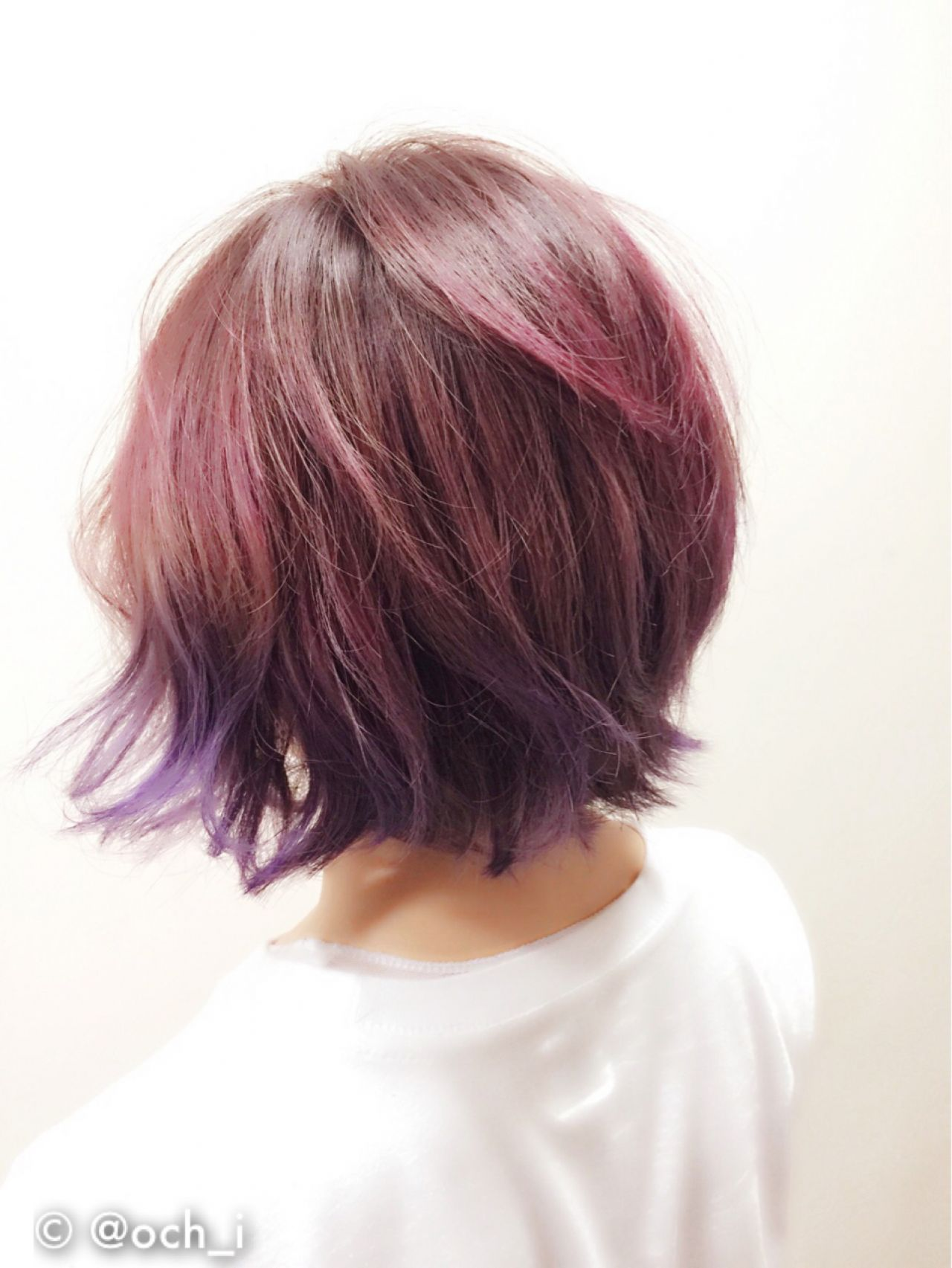 髪を傷ませずに染める方法?!セルフカラーで派手髪ちゃんに大変身♡ @och_i / allys hair