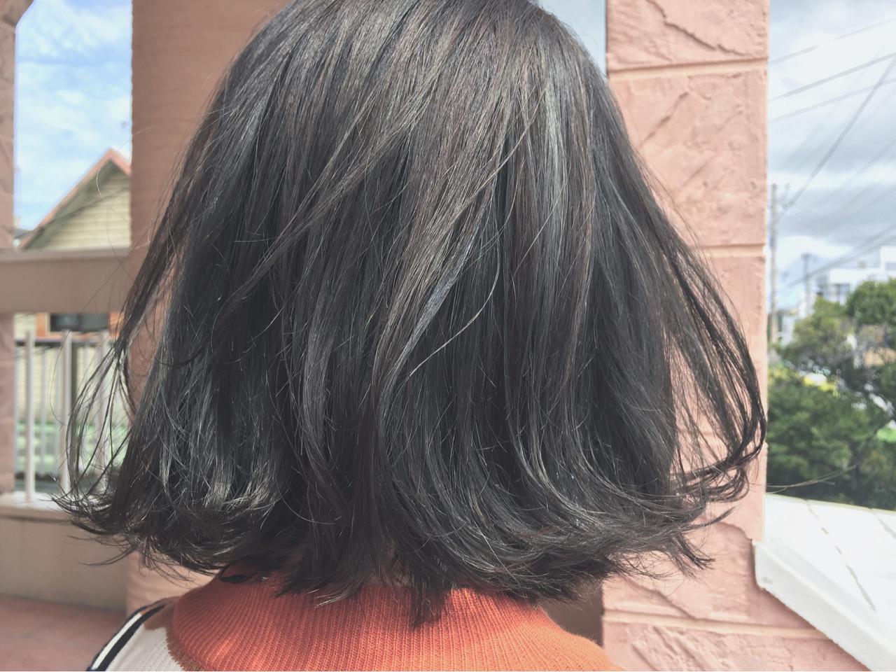 色気 オリーブアッシュ 外国人風 ボブヘアスタイルや髪型の写真・画像