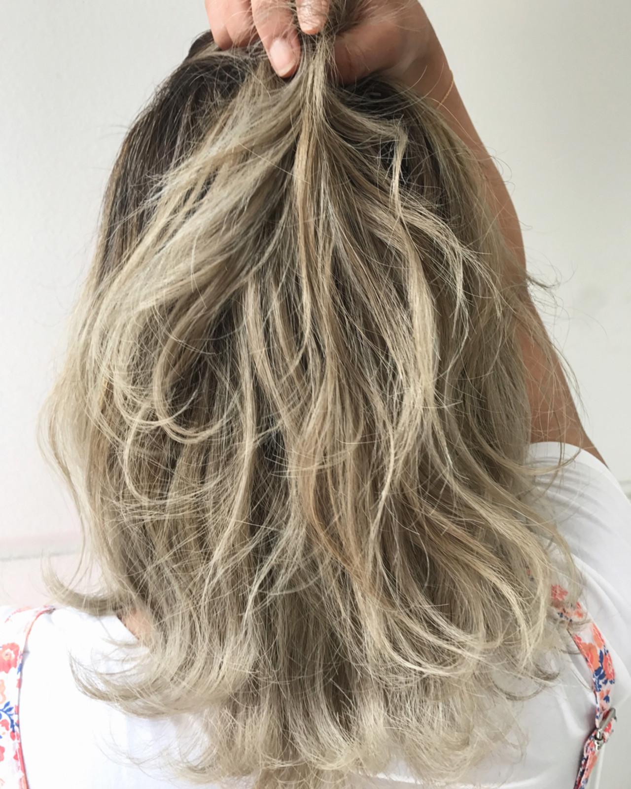 ミディアム アウトドア ストリート 簡単ヘアアレンジヘアスタイルや髪型の写真・画像
