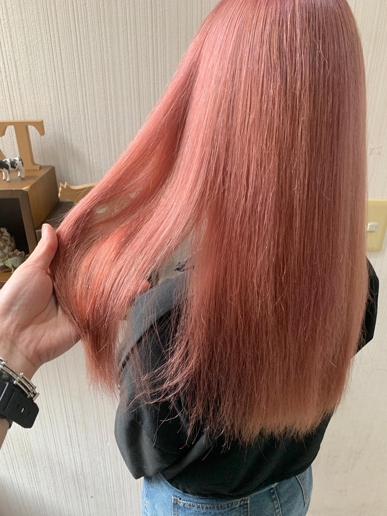 セミロング アンニュイほつれヘア 大人可愛い 大人かわいい ヘアスタイルや髪型の写真・画像 | 土屋一貴 / TOMCAT
