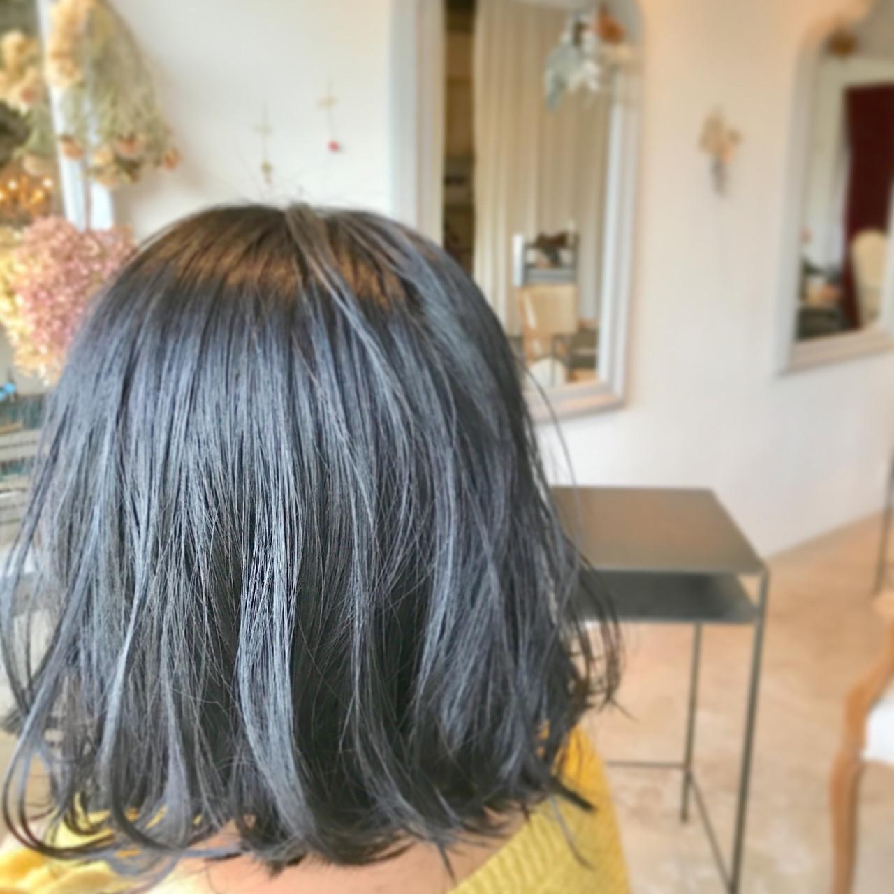 大人女子 切りっぱなし ボブ ナチュラル ヘアスタイルや髪型の写真・画像 | 和田 成泰 / LAXA HAIR WORKS