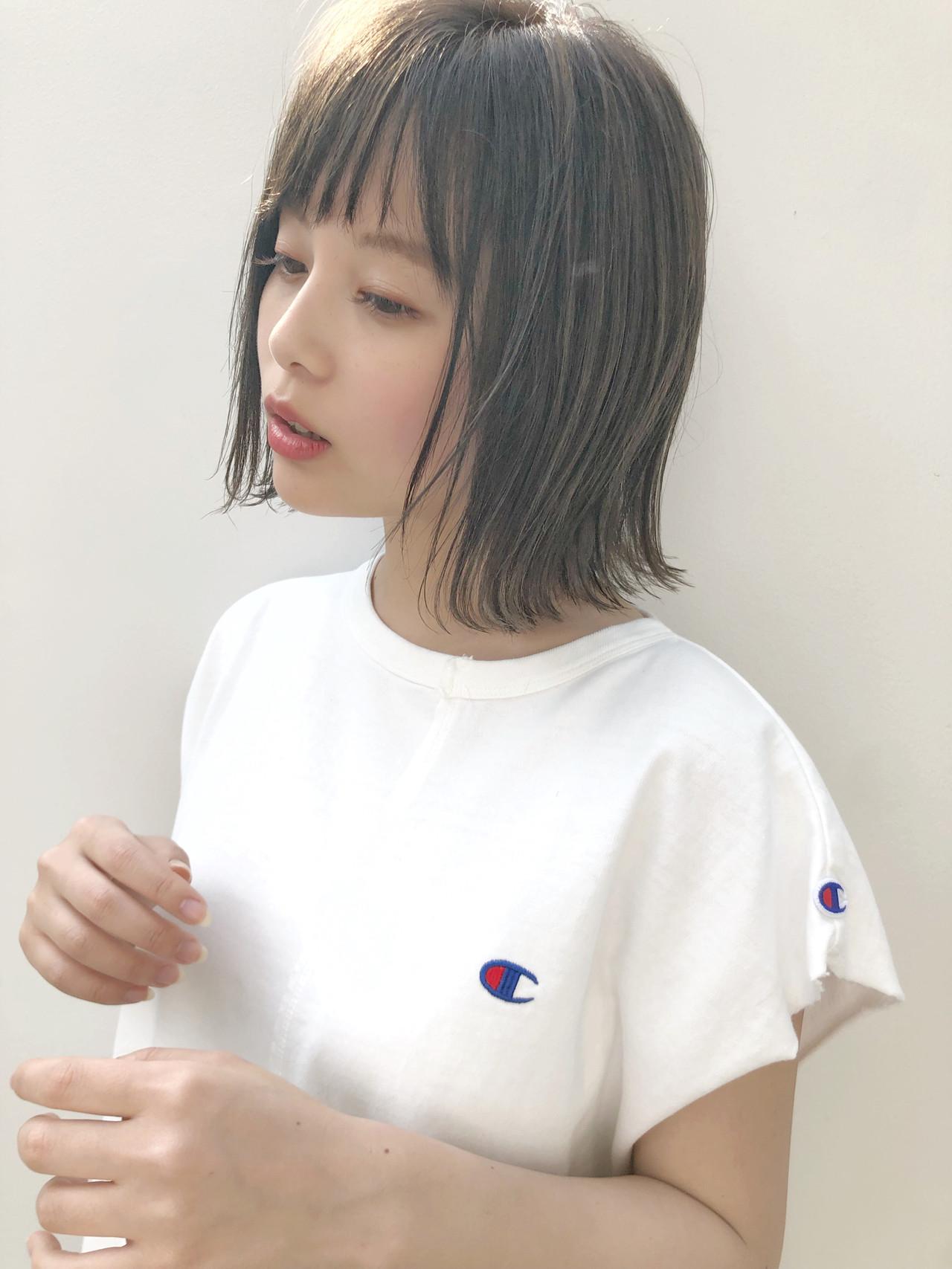 小顔 外ハネ 切りっぱなし シースルーバング ヘアスタイルや髪型の写真・画像 | 切りっぱなしレイヤー&パーマ Un ami 増永 / Un ami omotesando