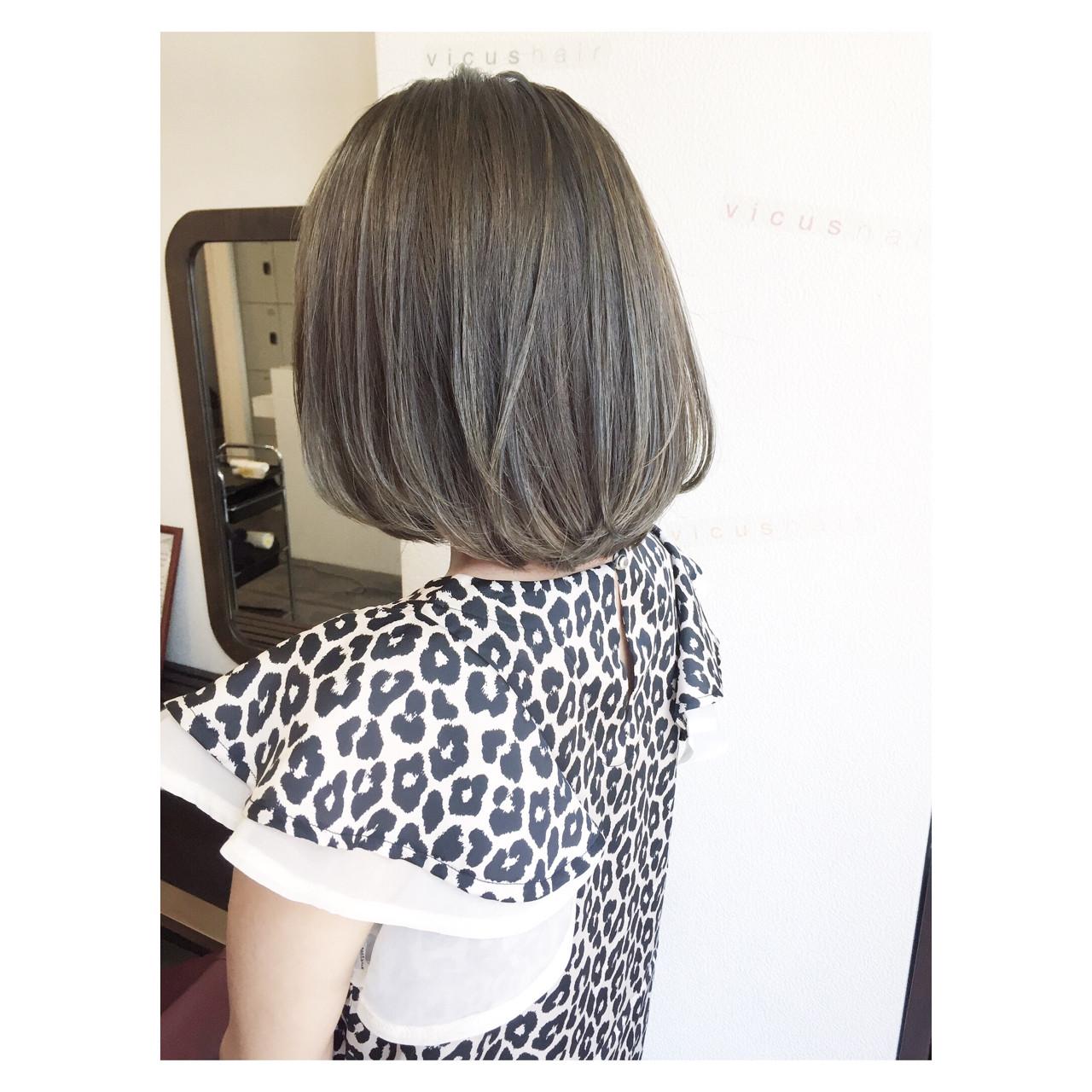 グレージュ 黒髪 ナチュラル アッシュ ヘアスタイルや髪型の写真・画像 | 田渕 英和/vicushair / vicushair