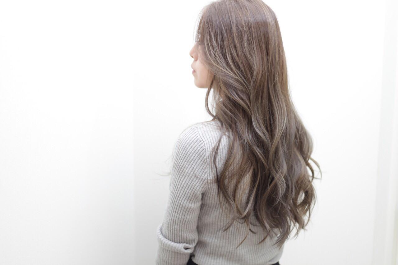 ロング アッシュ ローライト 外国人風カラー ヘアスタイルや髪型の写真・画像 | 西嶋えり子 / HAIR'S Lunetta
