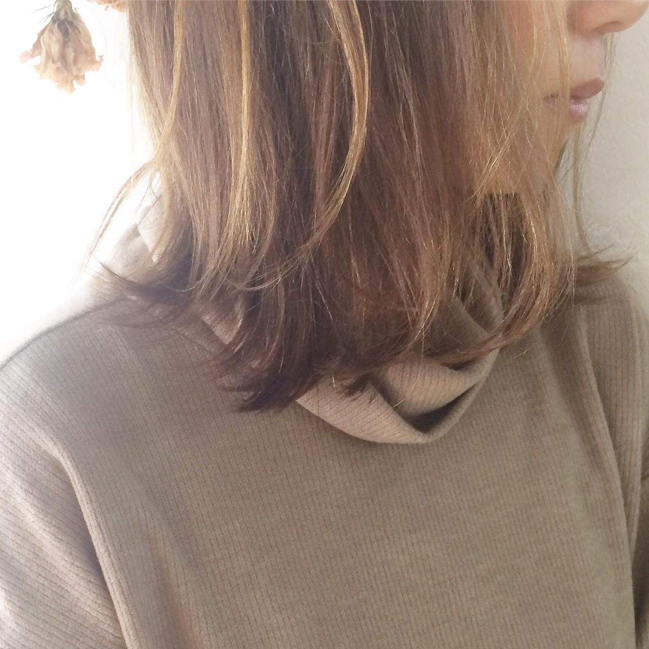ミディアム ニュアンス ボブ ハイライト ヘアスタイルや髪型の写真・画像 | Takahiro Mizoguchi / Nine