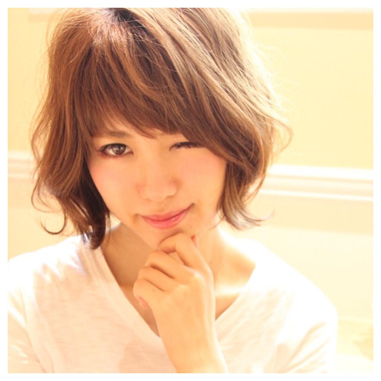 抜け感 小顔 ショート 似合わせ ヘアスタイルや髪型の写真・画像 | Masanori Yamasaki / Reuna(レウナ)