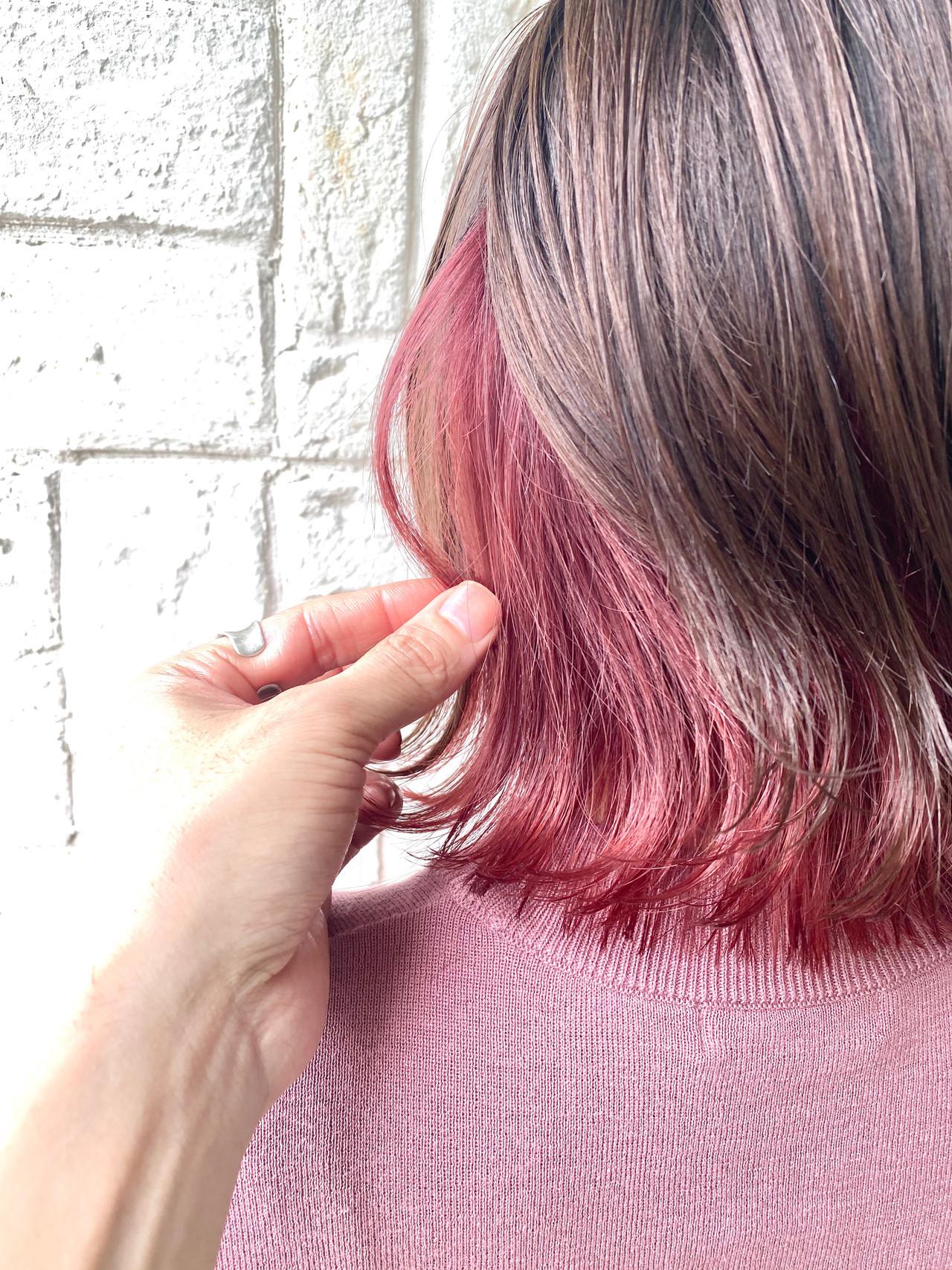 ミディアム ガーリー ピンクベージュ ピンク ヘアスタイルや髪型の写真・画像
