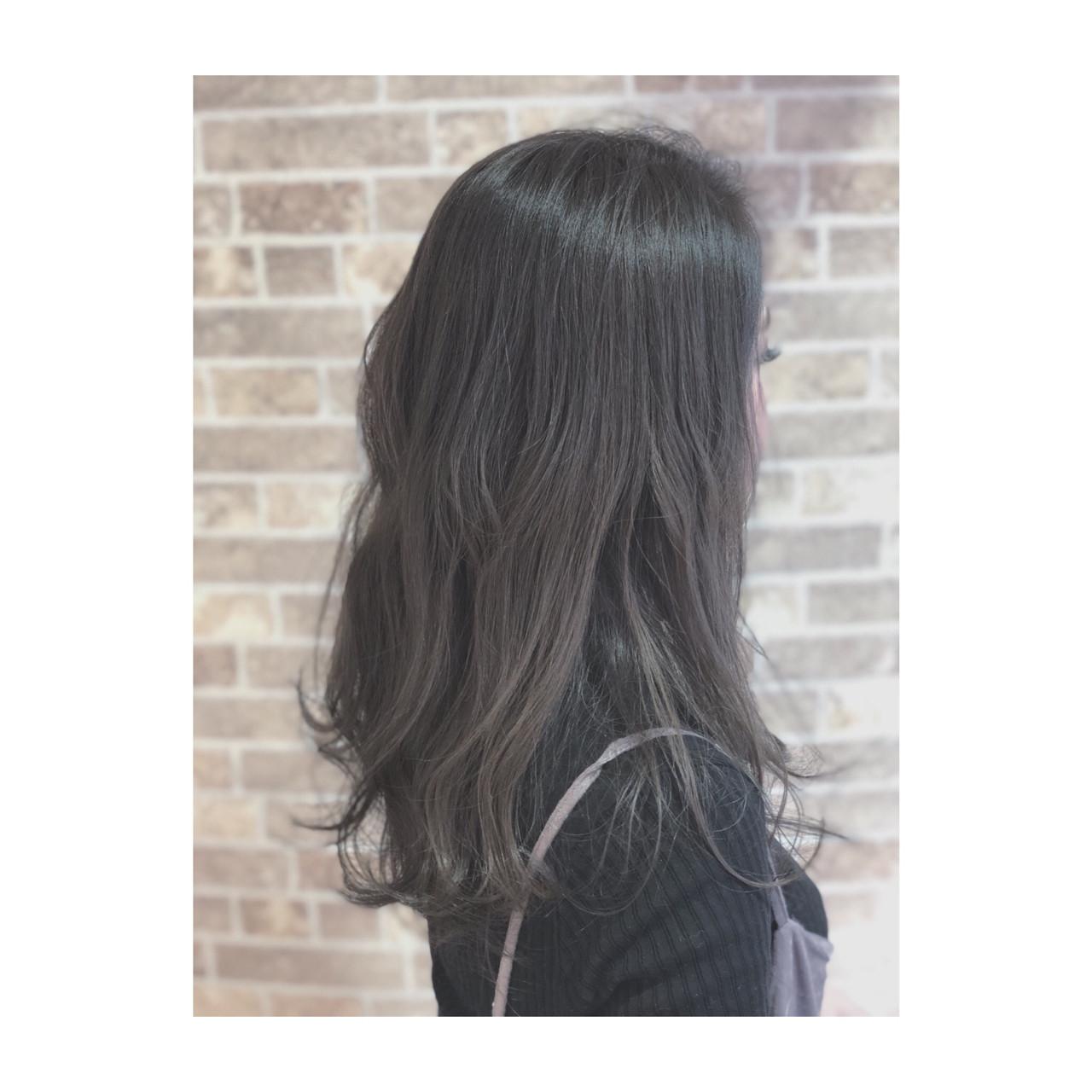 外国人風カラー アッシュ 透明感 ナチュラルヘアスタイルや髪型の写真・画像