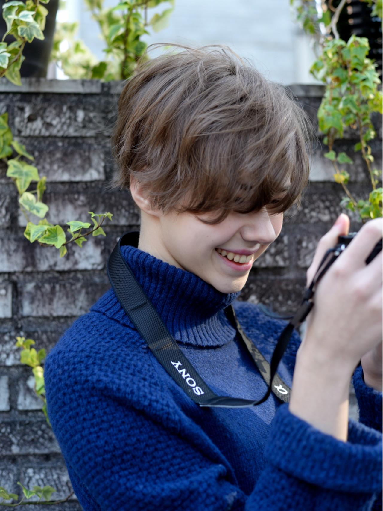 パーマ レイヤーカット 外国人風 ボブヘアスタイルや髪型の写真・画像