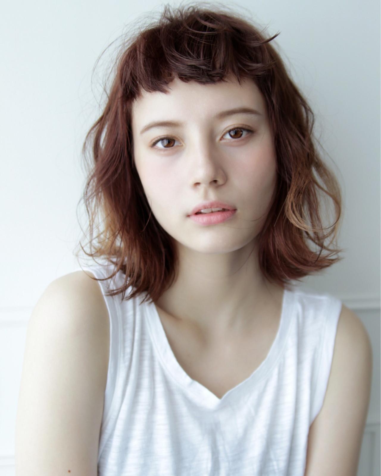 切りっぱなし 前髪あり 外ハネ ボブ ヘアスタイルや髪型の写真・画像 | 安村 美奈 / belta