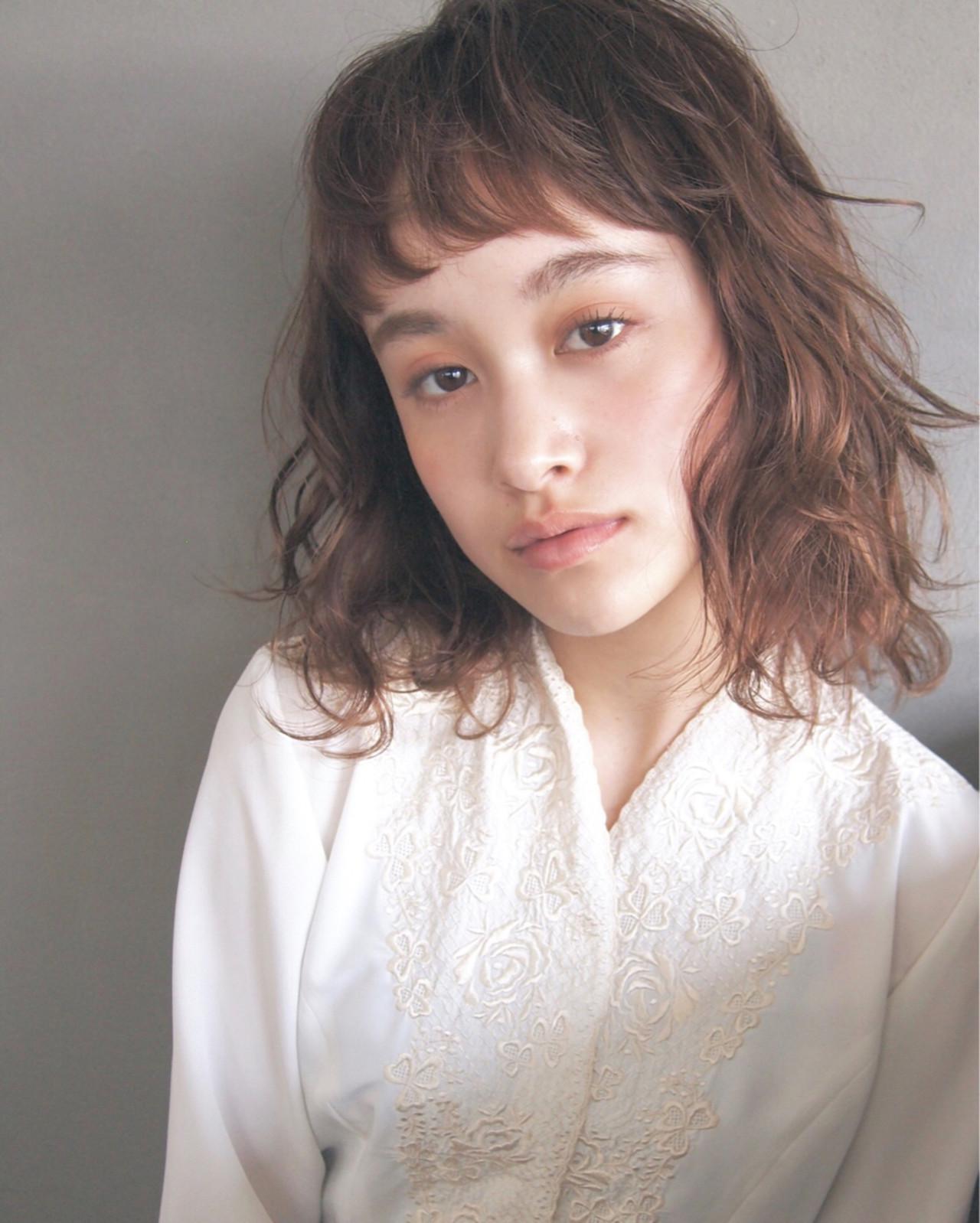 ゆるふわ ナチュラル ミディアム 大人かわいい ヘアスタイルや髪型の写真・画像   UEKI/nanuk / nanuk二子玉川