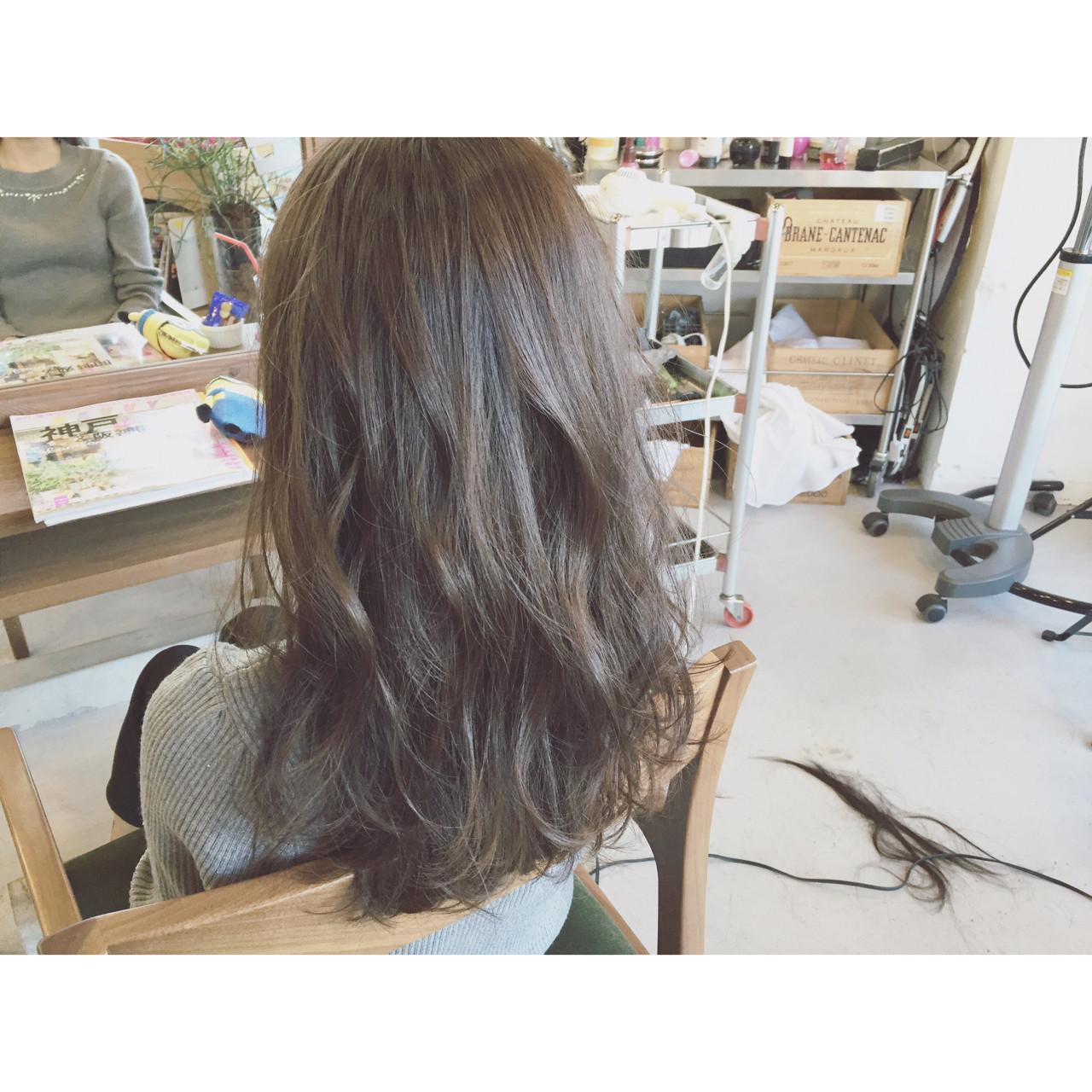 外国人風 ストリート 大人かわいい ストレートヘアスタイルや髪型の写真・画像