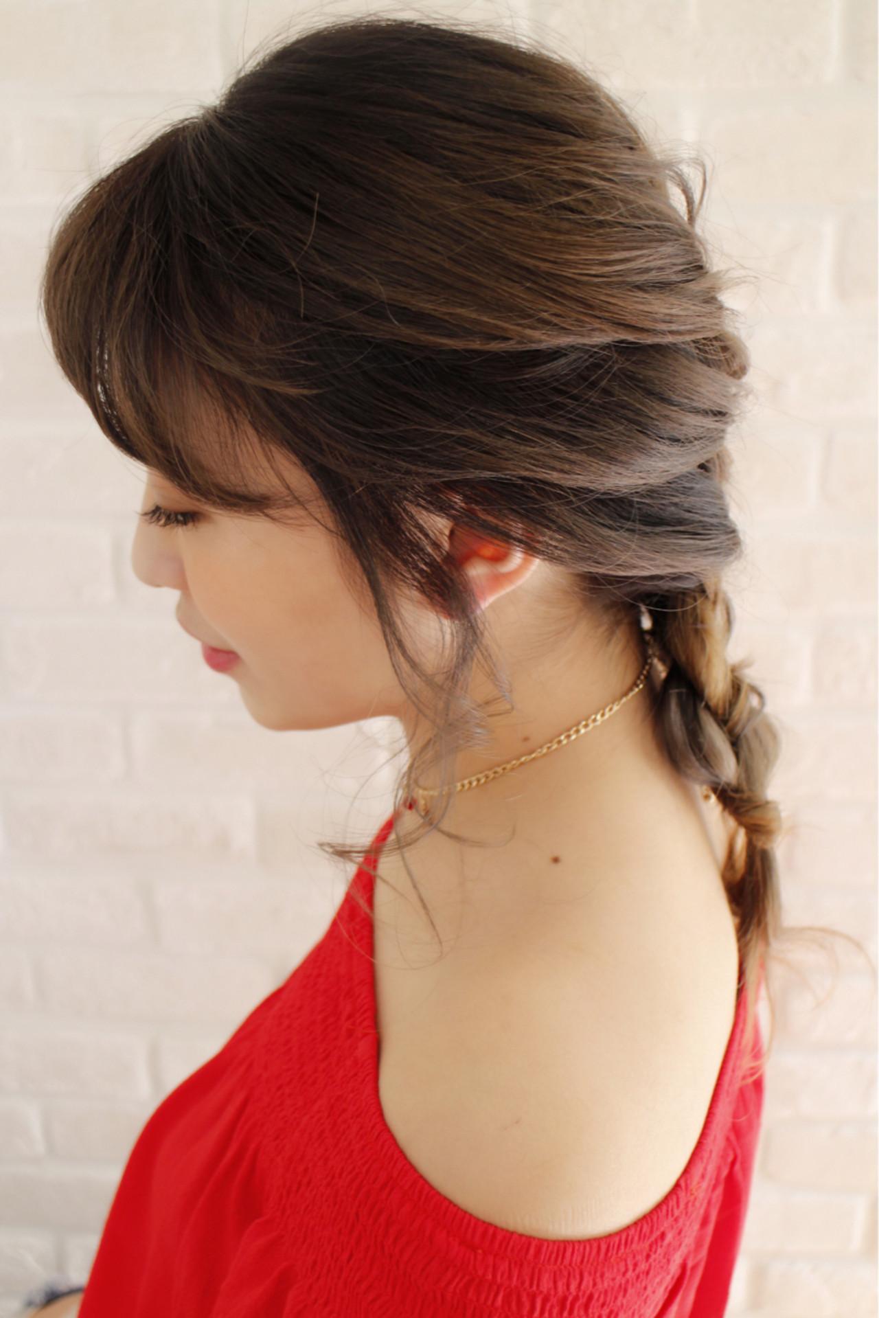 フェミニン 簡単ヘアアレンジ セミロング 外国人風 ヘアスタイルや髪型の写真・画像 | まりえ / 花やの前の美容室