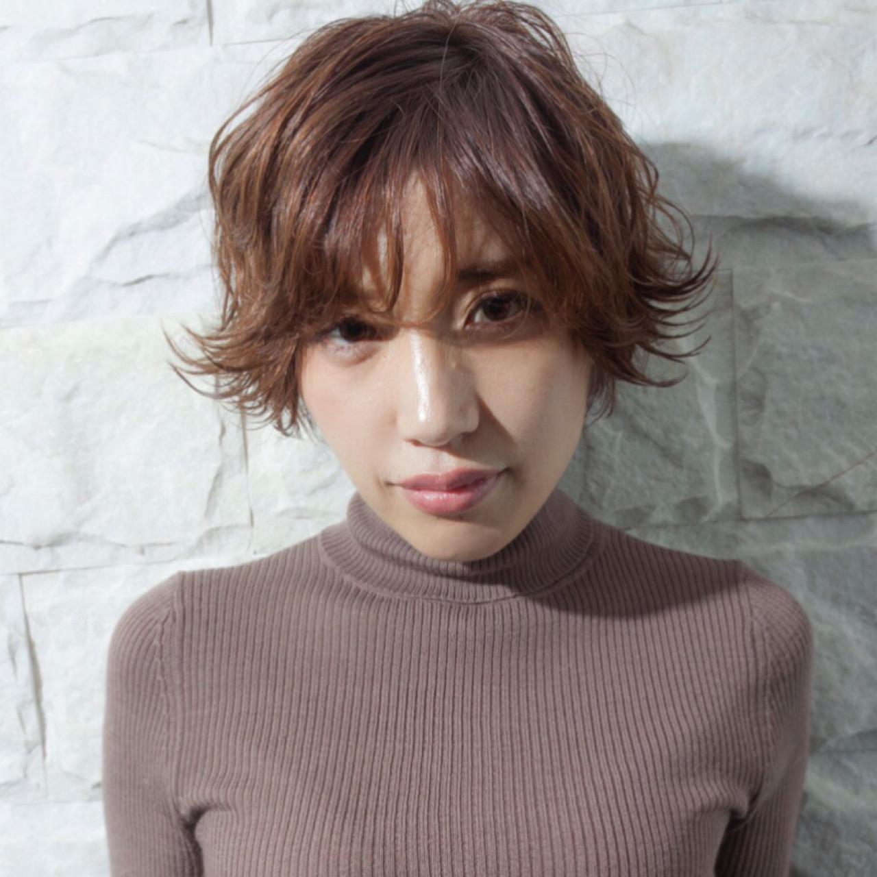 小顔 冬 こなれ感 うざバング ヘアスタイルや髪型の写真・画像 | yuunn /