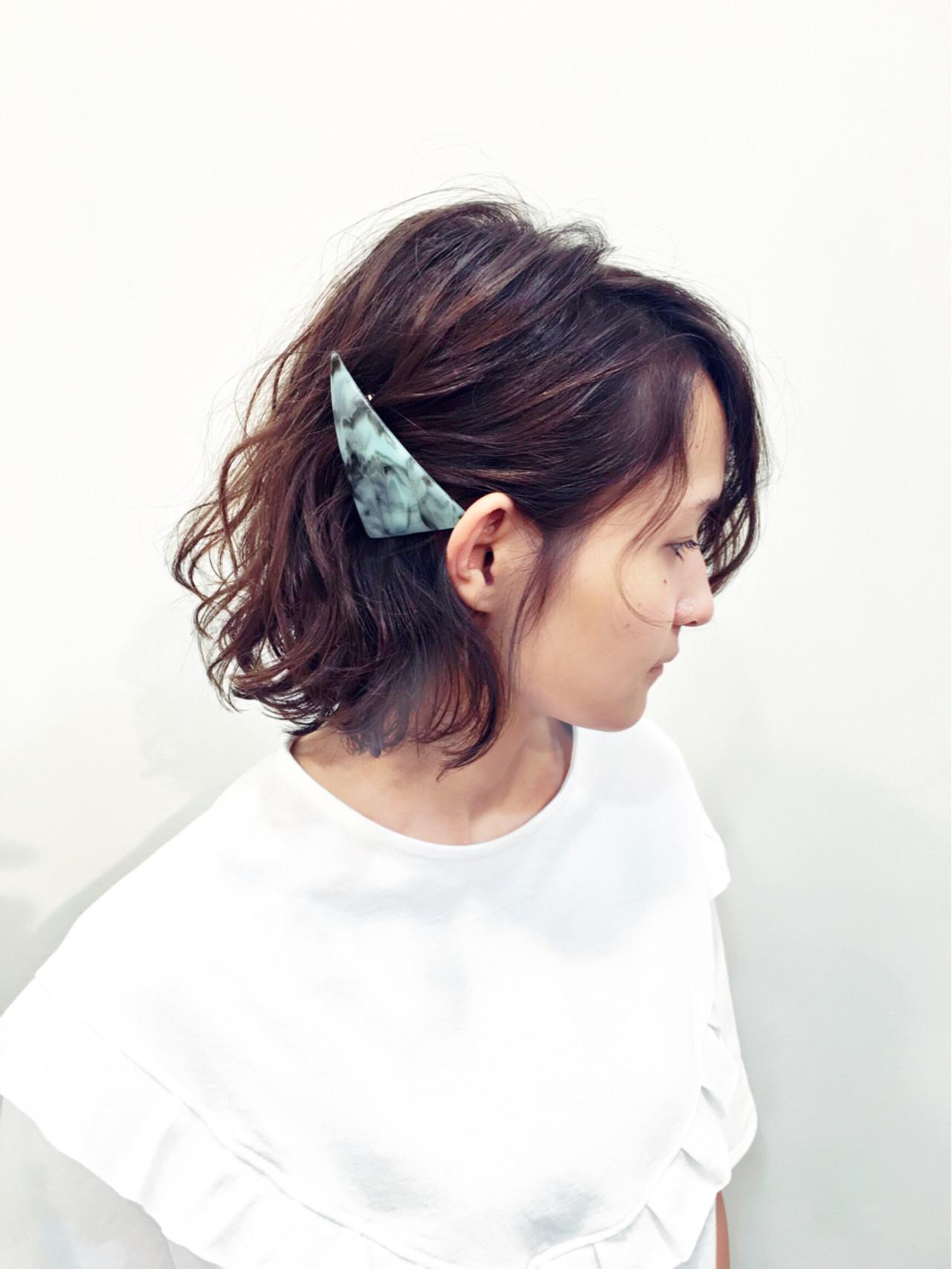 バレッタ ヘアアレンジ ボブ ヘアスタイルや髪型の写真・画像 | Rikiya Sakamoto / Seasonal-Lab(旧ディーズガレージ)
