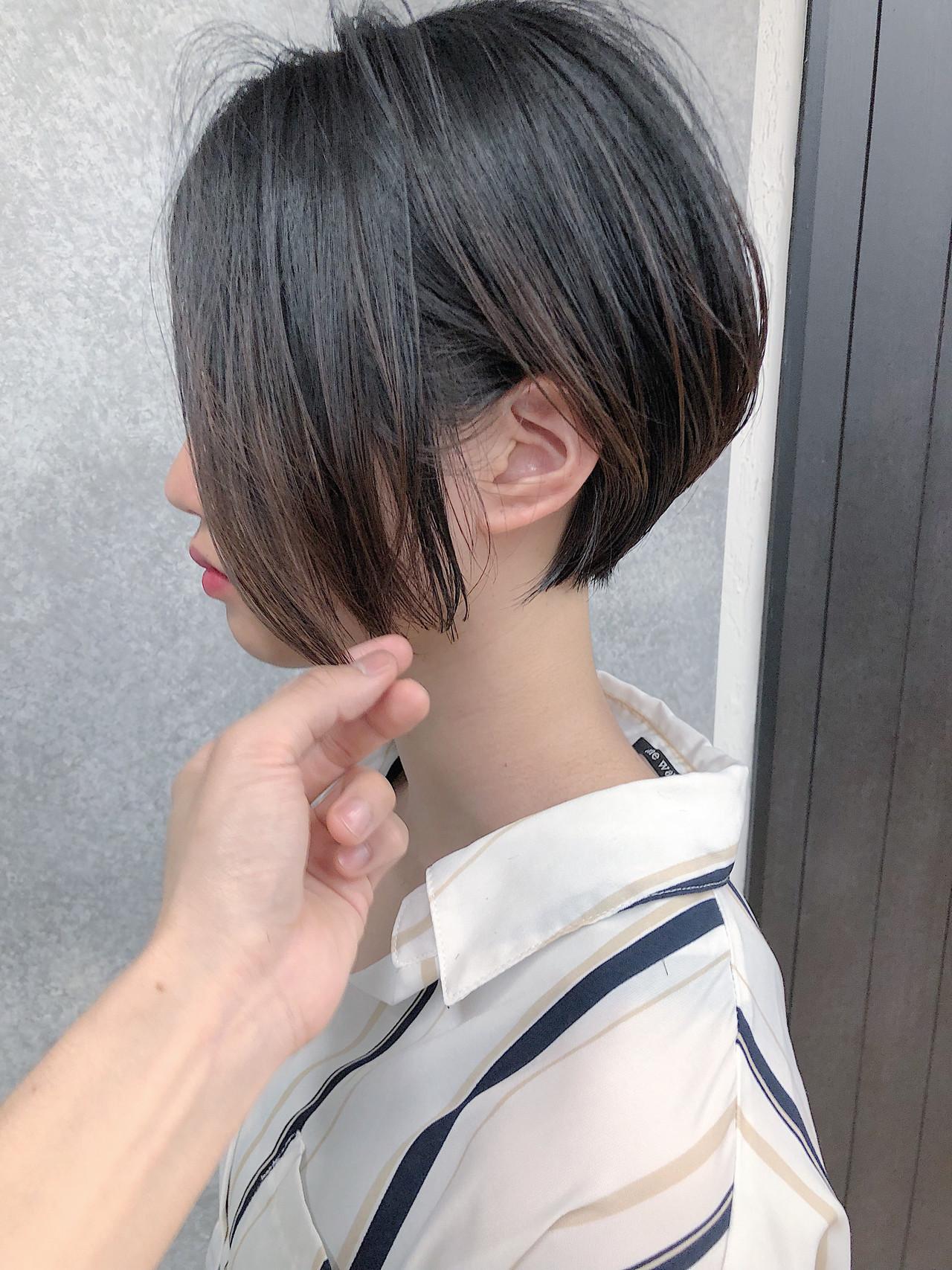 縮毛矯正 ストレート フェミニン ショートボブ ヘアスタイルや髪型の写真・画像