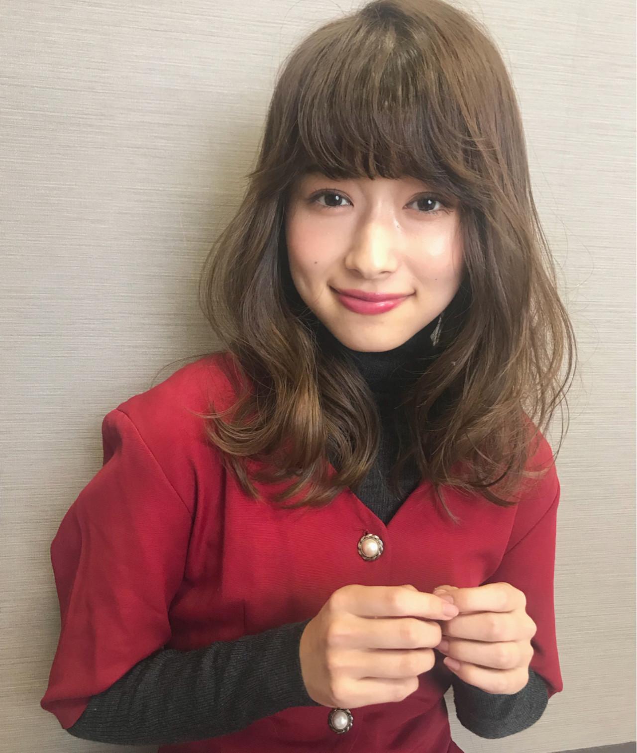 クリスマス 大人かわいい セミロング ナチュラル ヘアスタイルや髪型の写真・画像 | Mirai / enntaku