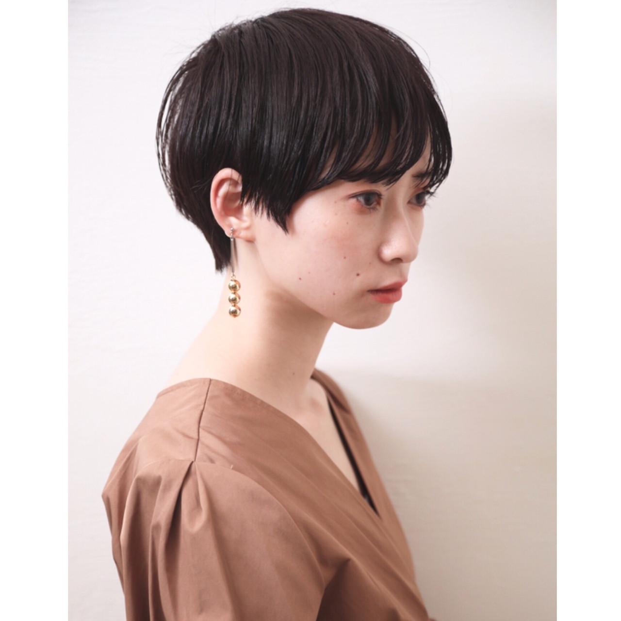 モード ショートボブ オフィス デートヘアスタイルや髪型の写真・画像