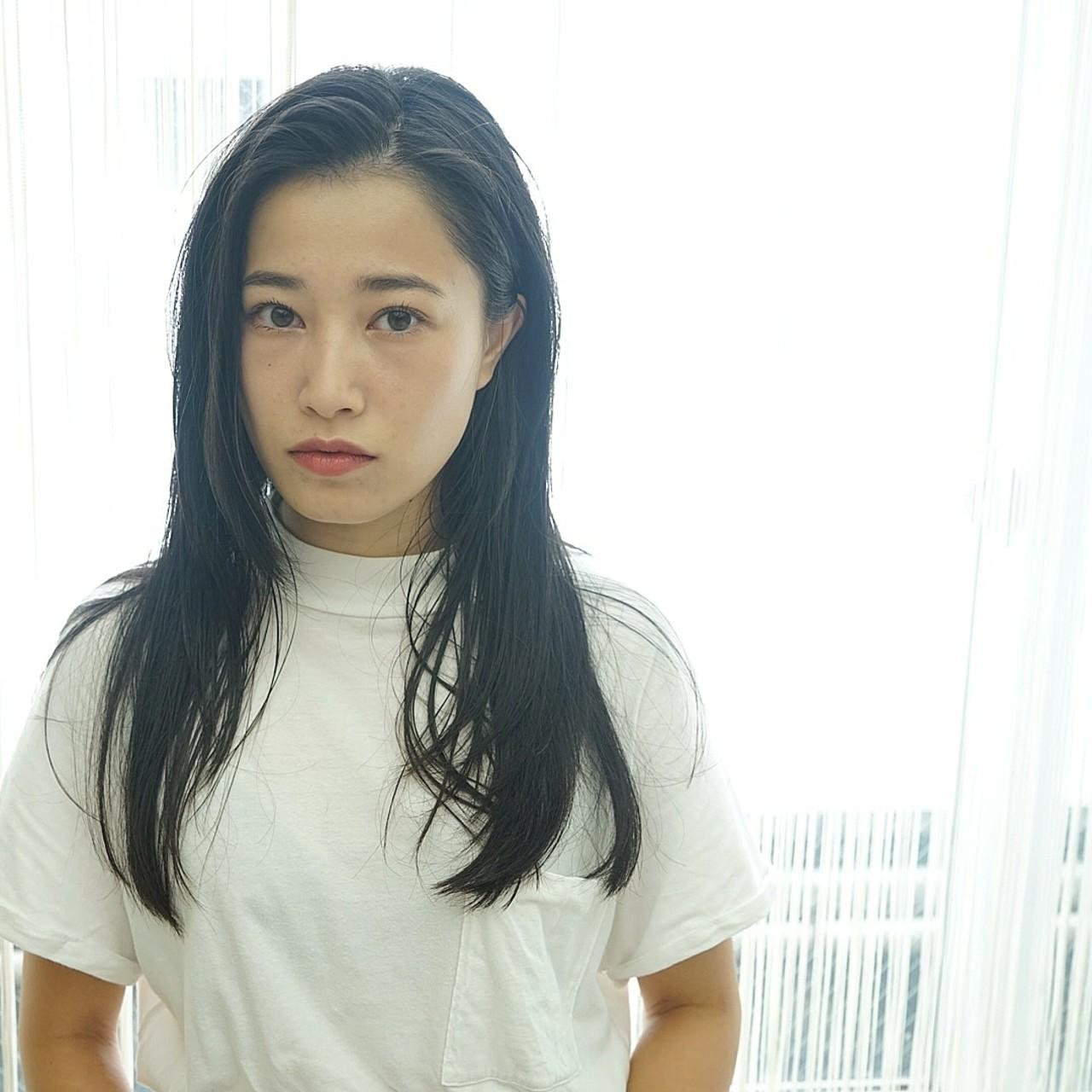 モード 抜け感 ストレート 黒髪 ヘアスタイルや髪型の写真・画像   西部龍太 / e.m.a Premium