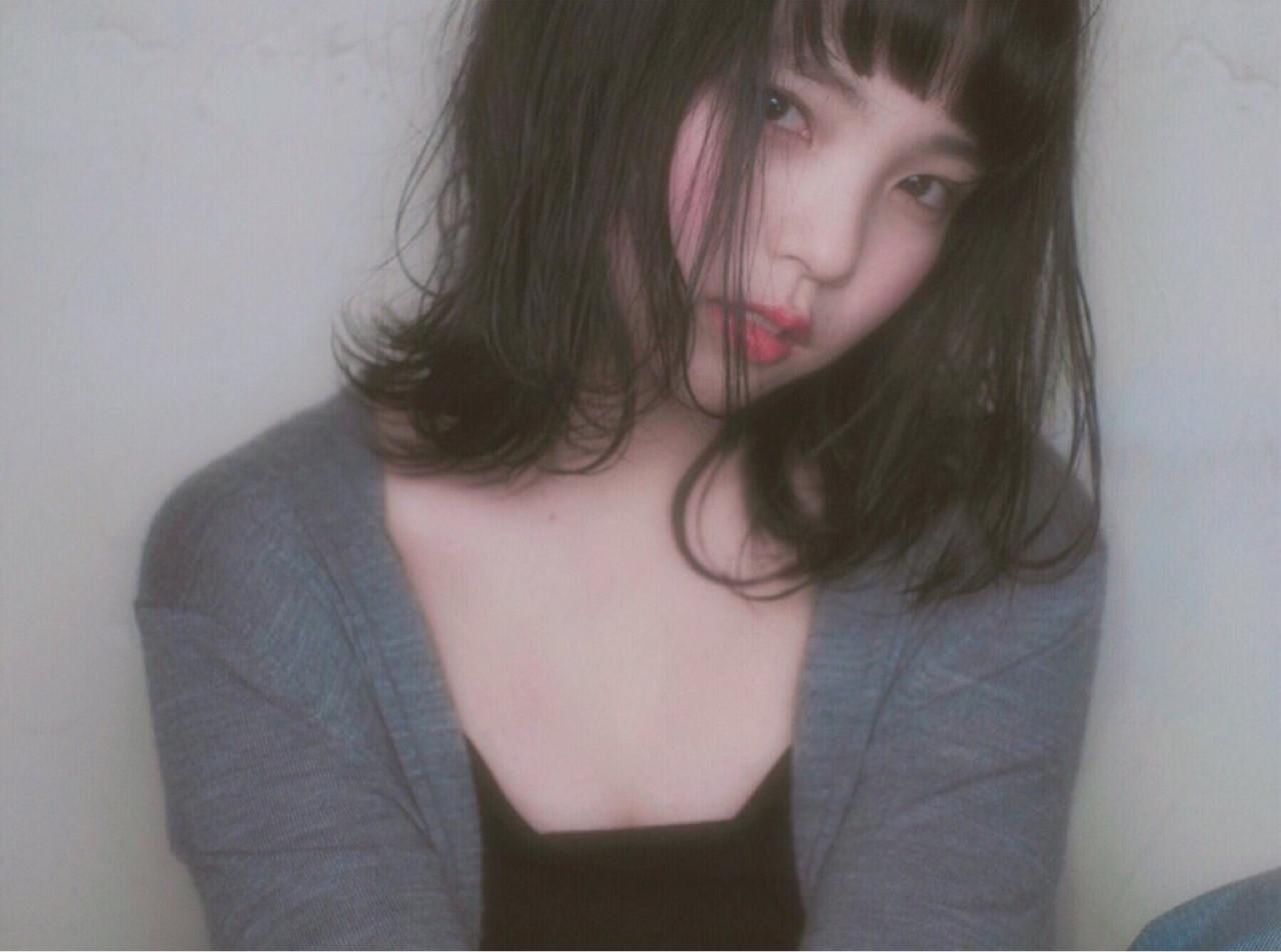 暗髪 色気 ボブ ロブ ヘアスタイルや髪型の写真・画像 | 笠原 佐和子 /