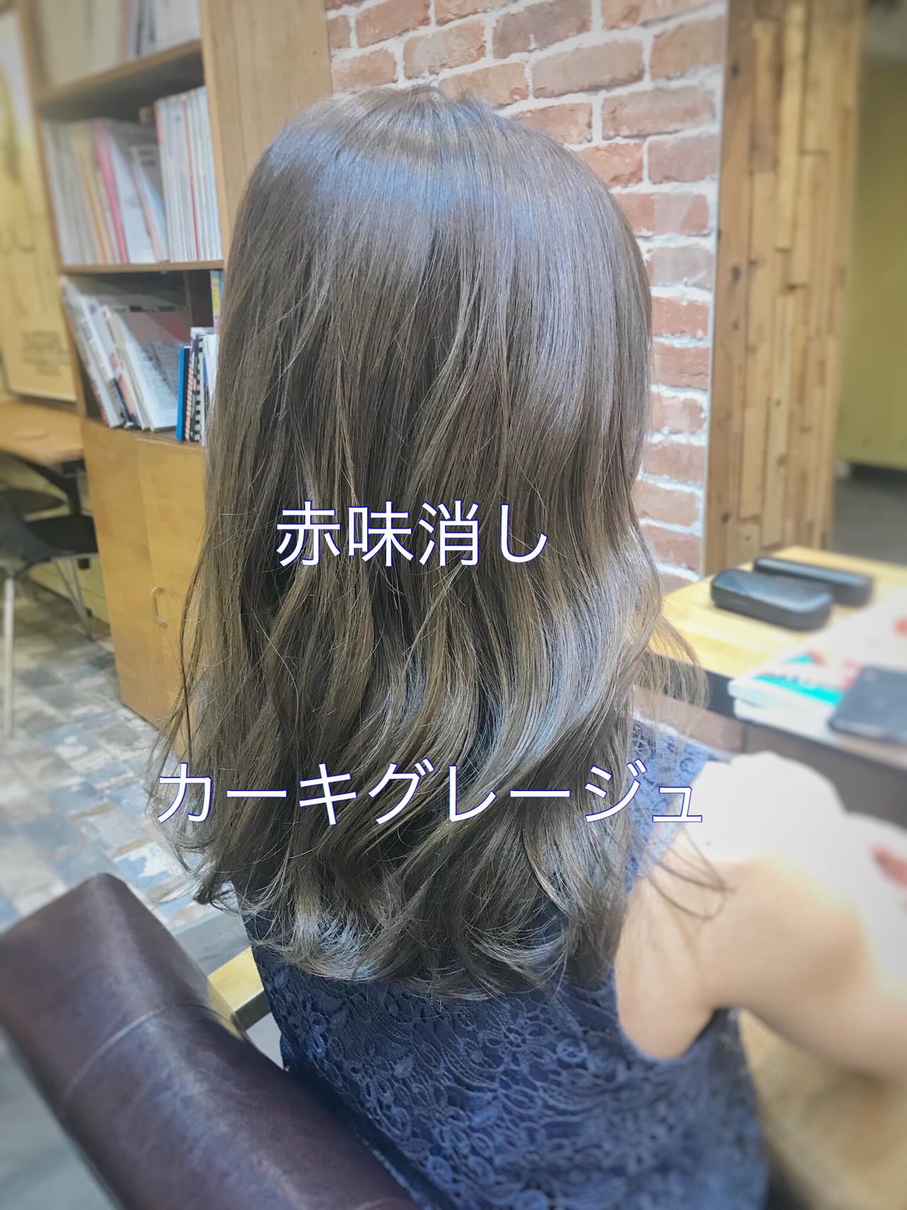 セミロング 簡単ヘアアレンジ ヘアアレンジ ナチュラル ヘアスタイルや髪型の写真・画像   道村昌樹/chobii / chobii   GINZA
