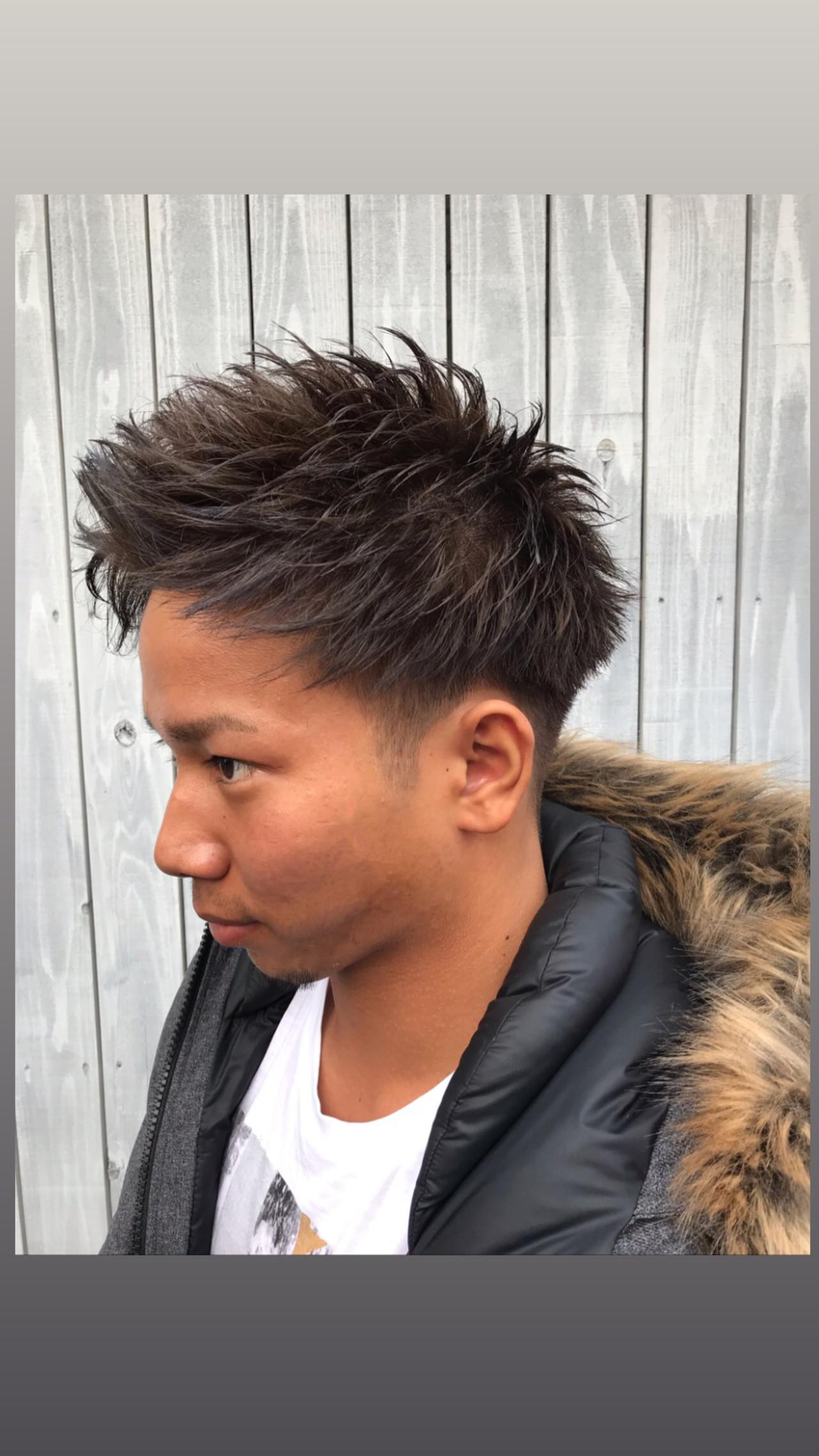 刈り上げショート アップバング ツーブロック メンズヘアスタイルや髪型の写真・画像