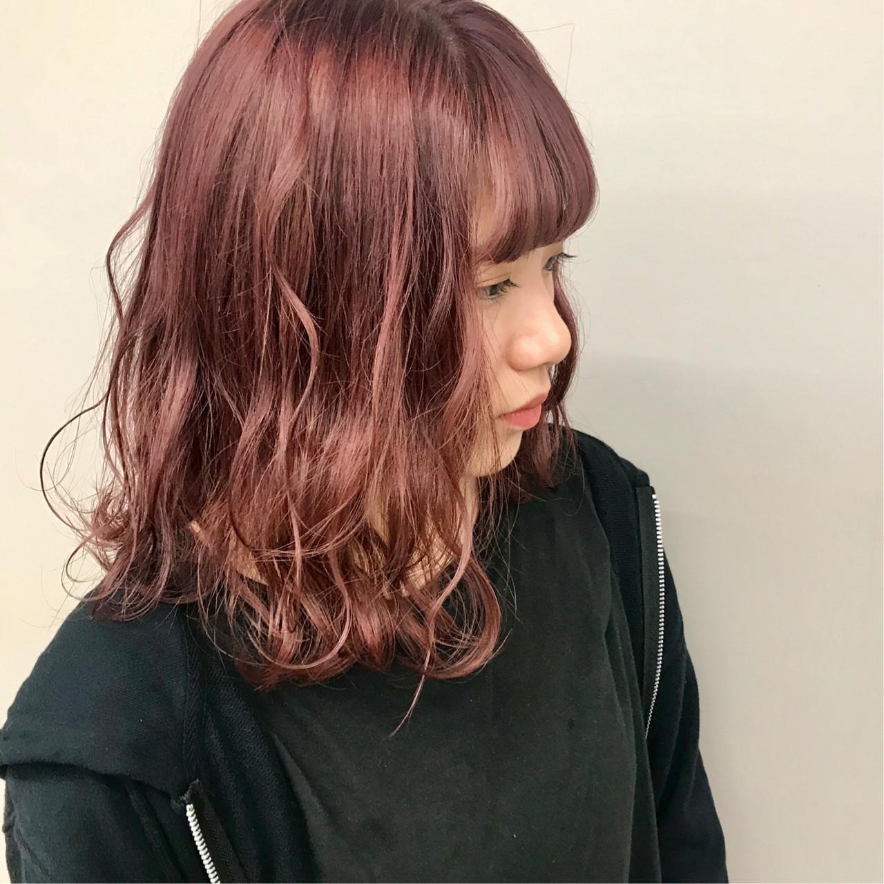 ハイトーンカラー アディクシーカラー ダブルカラー ミディアム ヘアスタイルや髪型の写真・画像 | 上村 聖陽 / lia by defi