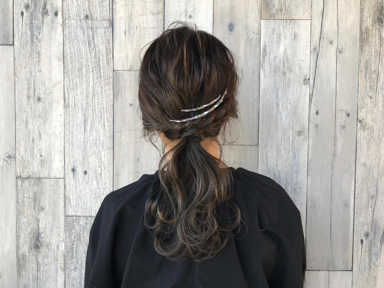 ヘアアレンジ セミロング ポニーテール ナチュラル ヘアスタイルや髪型の写真・画像   宇渡 裕一 / Lillie hair&spa