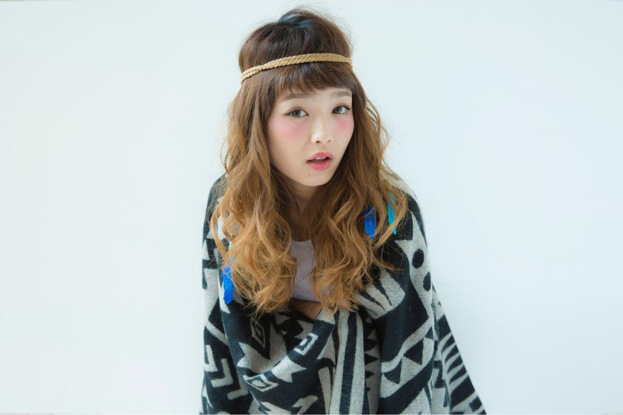 まとめるヘアアレンジはもう飽きた!新しいアレンジ術に挑戦しよっ♡ 成岡秀人 / X.I.M by Visee Line