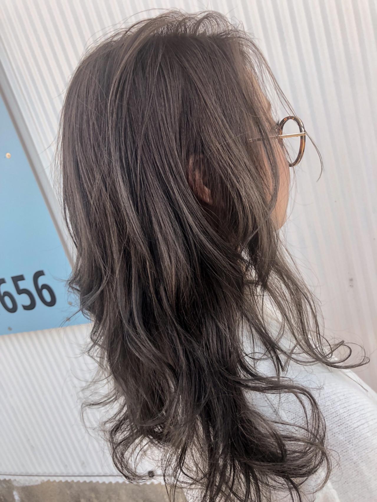 ロング ウェーブ デート エレガントヘアスタイルや髪型の写真・画像