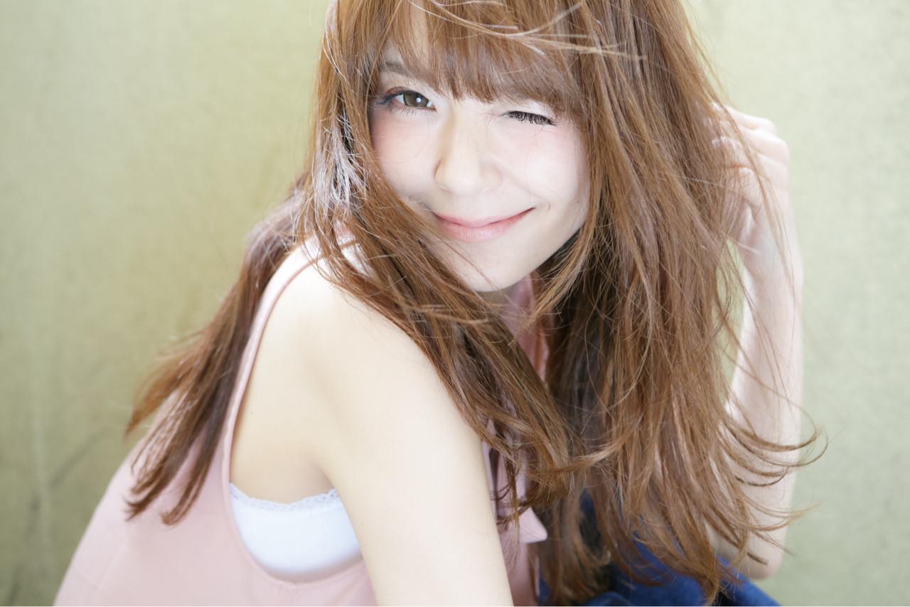 大人かわいい 外国人風 パーマ ナチュラル ヘアスタイルや髪型の写真・画像 | 清水桃子 / ミルクブッシュ / ミルクブッシュ
