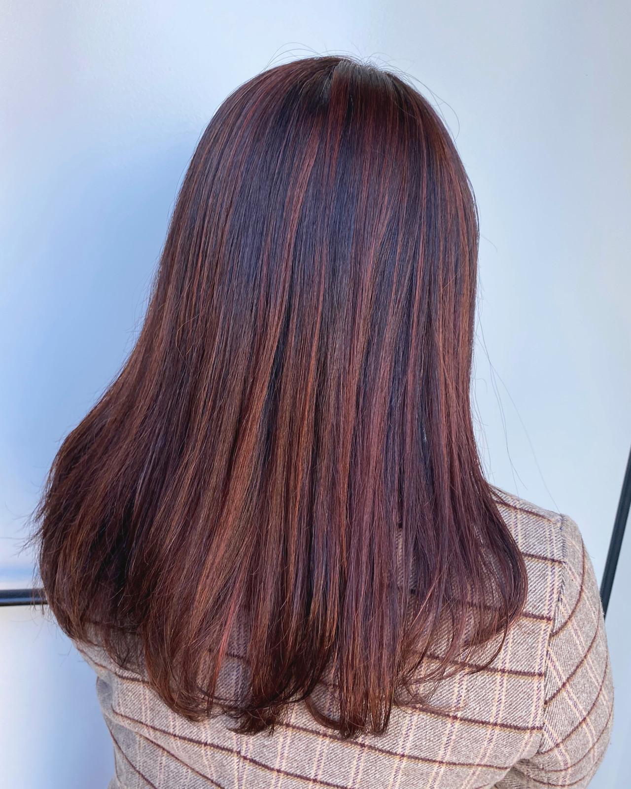 春 ピンクベージュ ロング ピンクカラー ヘアスタイルや髪型の写真・画像
