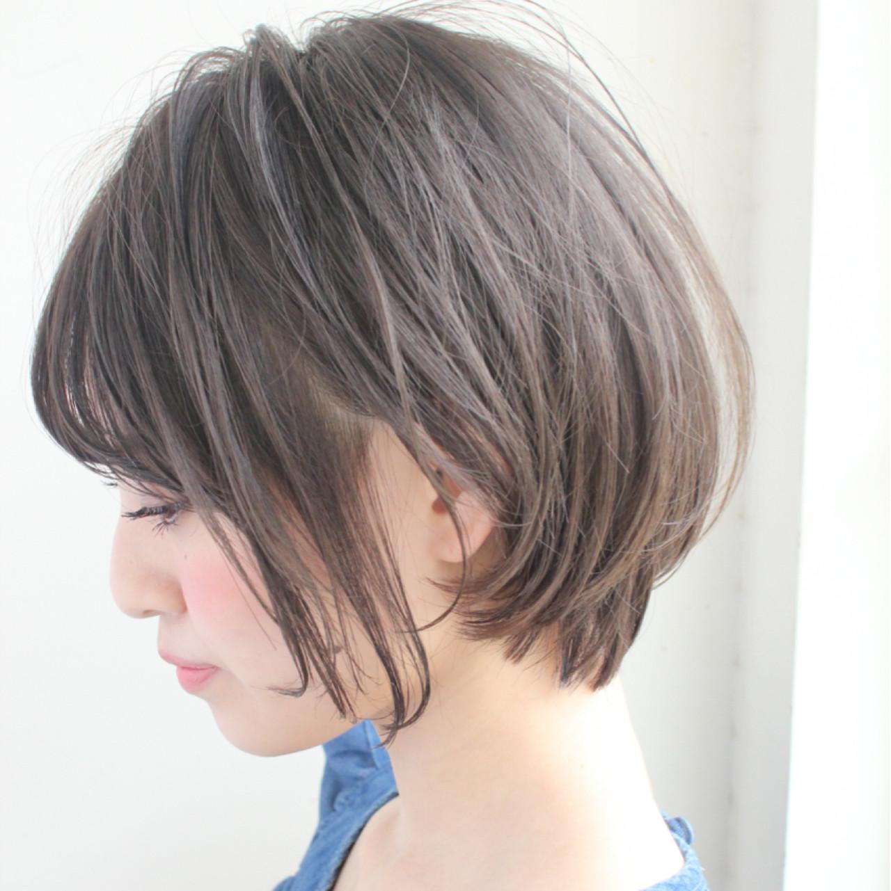 フェミニン オフィス 女子会 デートヘアスタイルや髪型の写真・画像
