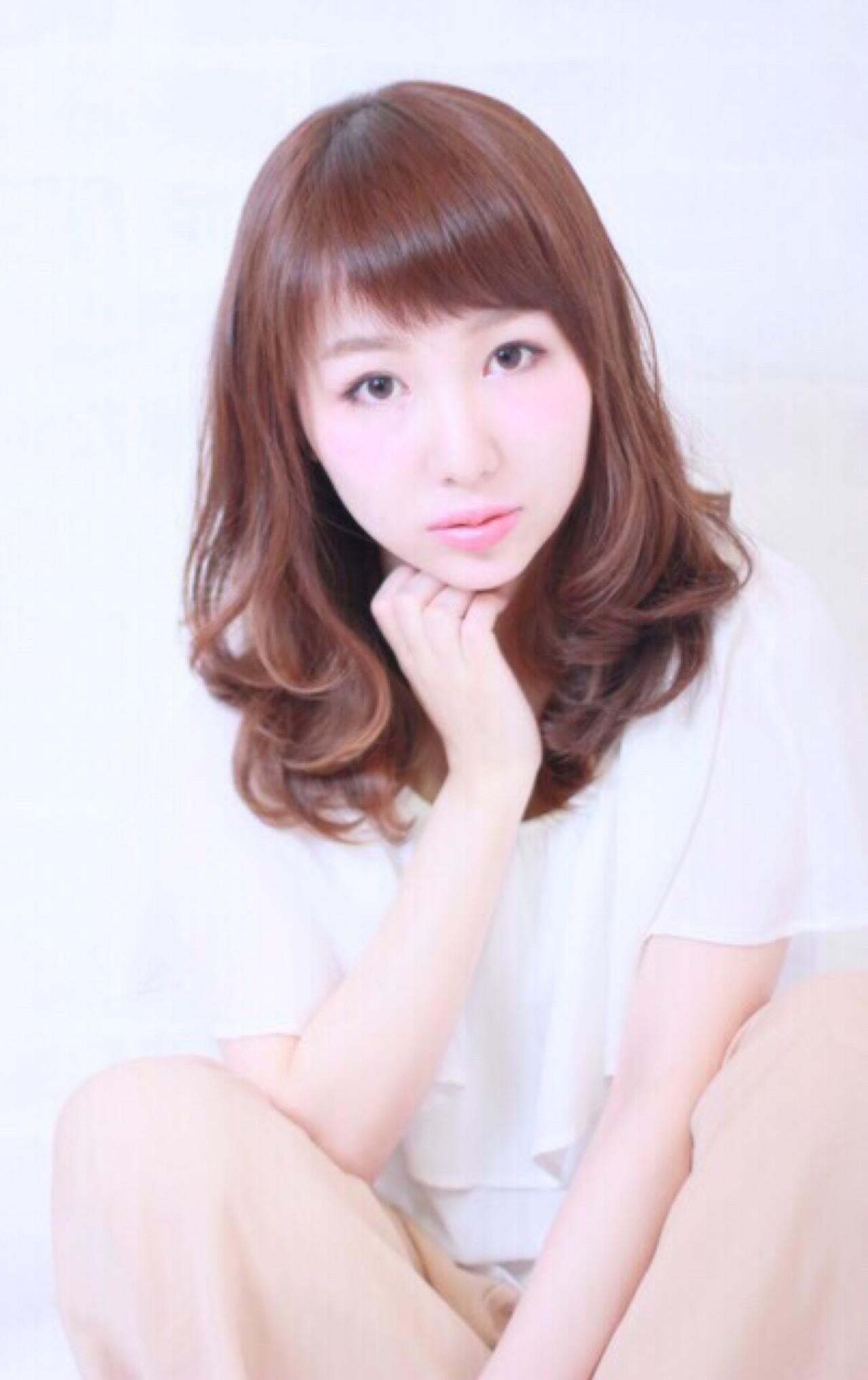 グレージュ ナチュラル フェミニン 大人かわいい ヘアスタイルや髪型の写真・画像 | yuko /