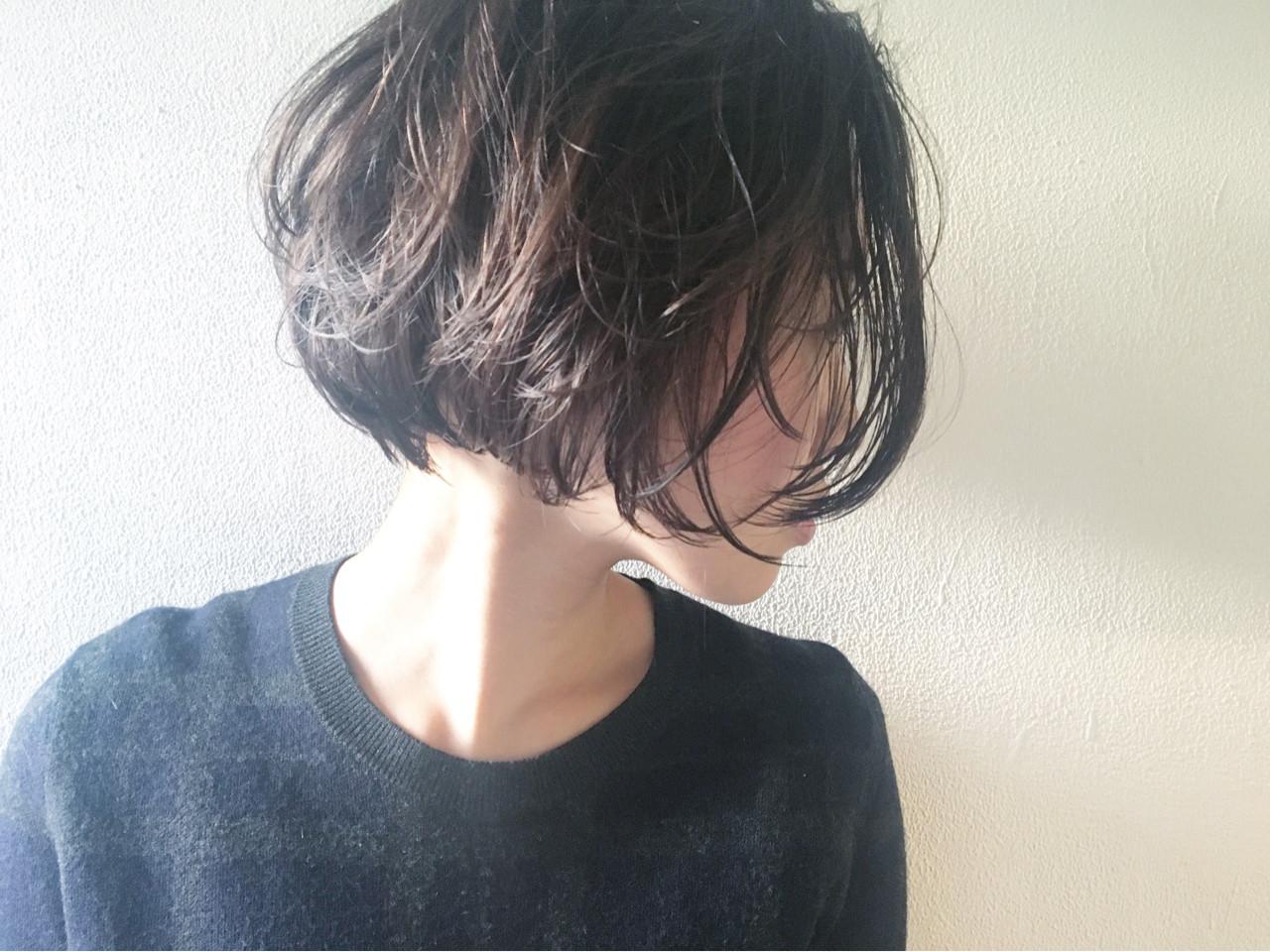 ナチュラル ボブ 切りっぱなし ショート ヘアスタイルや髪型の写真・画像 | 長 賢太郎 / ky-go