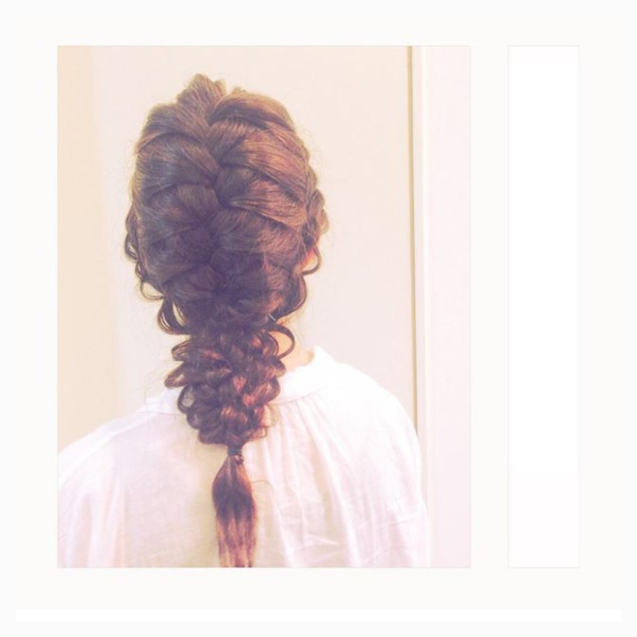 女子会 ナチュラル 編み込み 結婚式 ヘアスタイルや髪型の写真・画像 | 杉本あさか asa / buzz北堀江