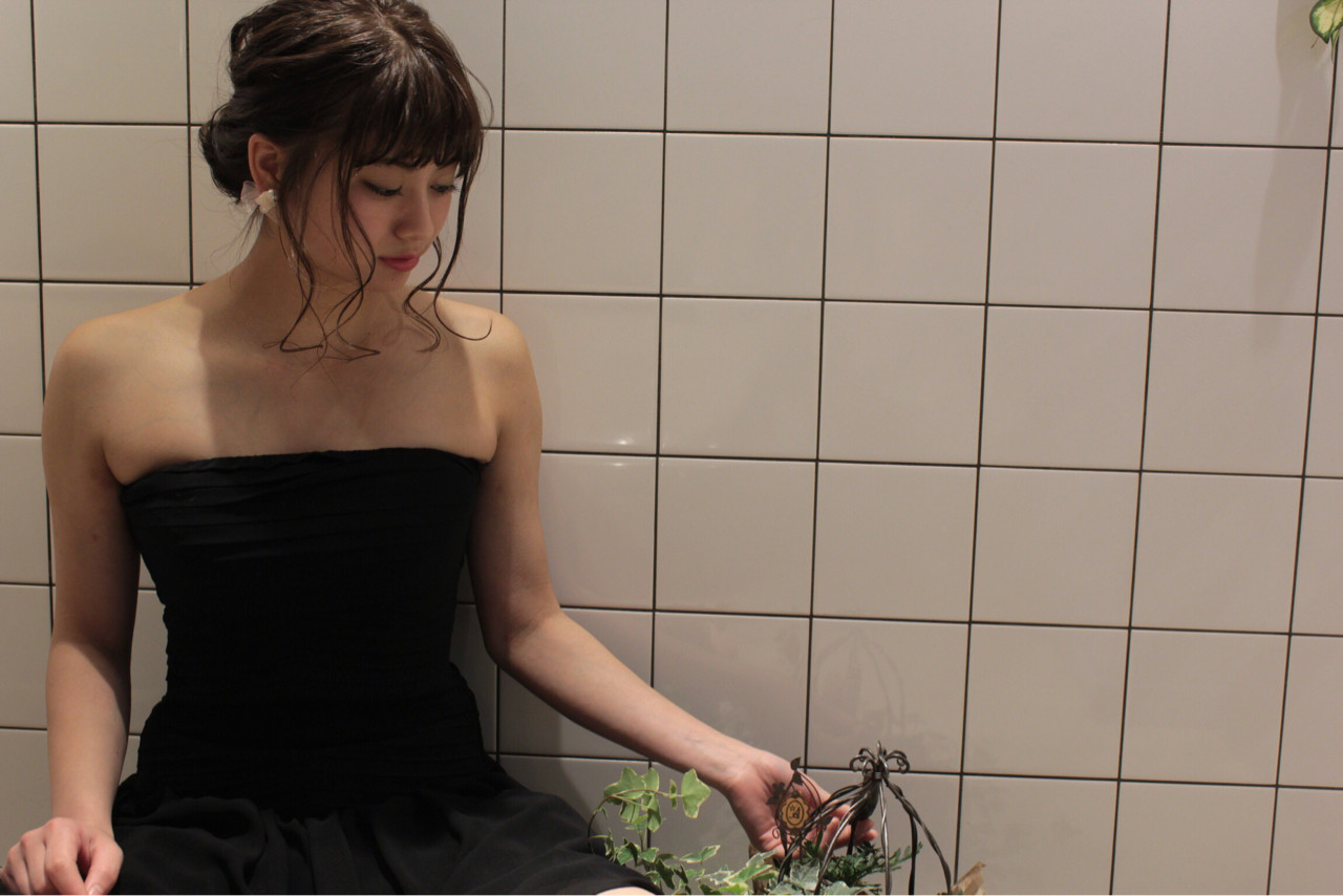 ヘアアレンジ ガーリー フェミニン ブラウン ヘアスタイルや髪型の写真・画像 | 渡会佳奈 / RUALA
