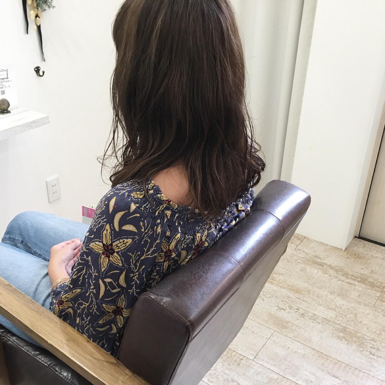 ナチュラル アッシュ ミディアム 透明感 ヘアスタイルや髪型の写真・画像 | 原田あゆみ / coquille/コキーユ