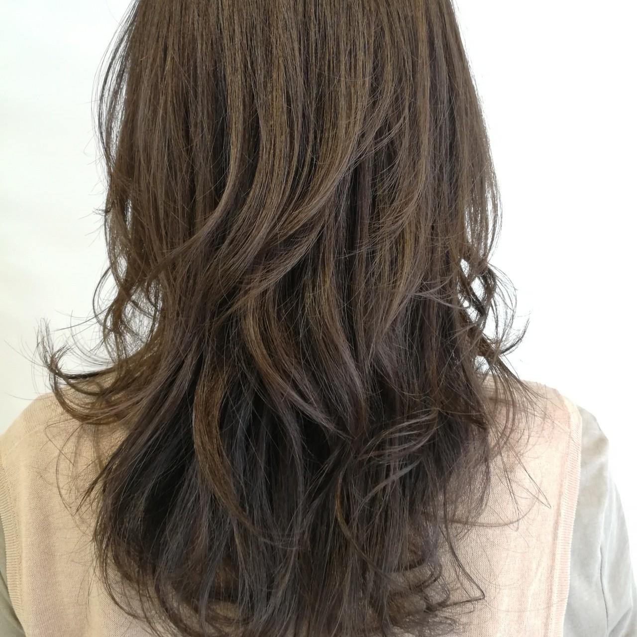 ロング ナチュラル 大人ハイライト ハイライト ヘアスタイルや髪型の写真・画像   Saori Kastuki / holic