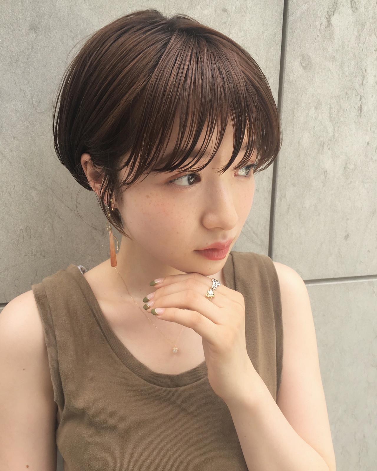 ひし形シルエット ショート ナチュラル ショートヘアヘアスタイルや髪型の写真・画像