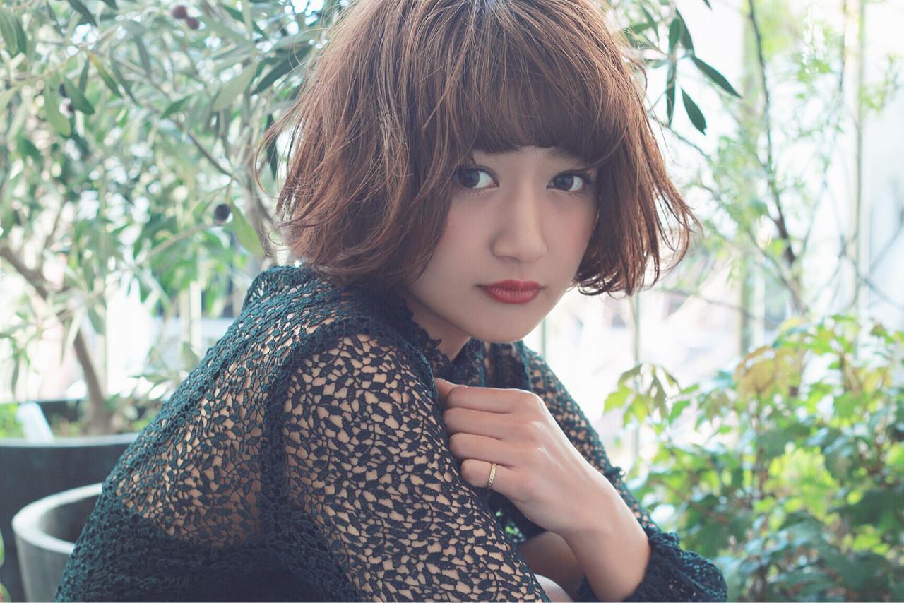グレージュ ハイライト イルミナカラー ボブ ヘアスタイルや髪型の写真・画像 | 須賀 ユウスケ / Rizm