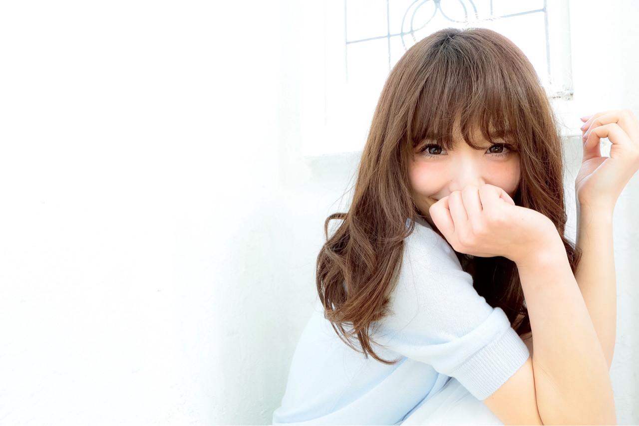 外国人風 パーマ 大人かわいい フェミニン ヘアスタイルや髪型の写真・画像 | 清水桃子 / ミルクブッシュ / ミルクブッシュ